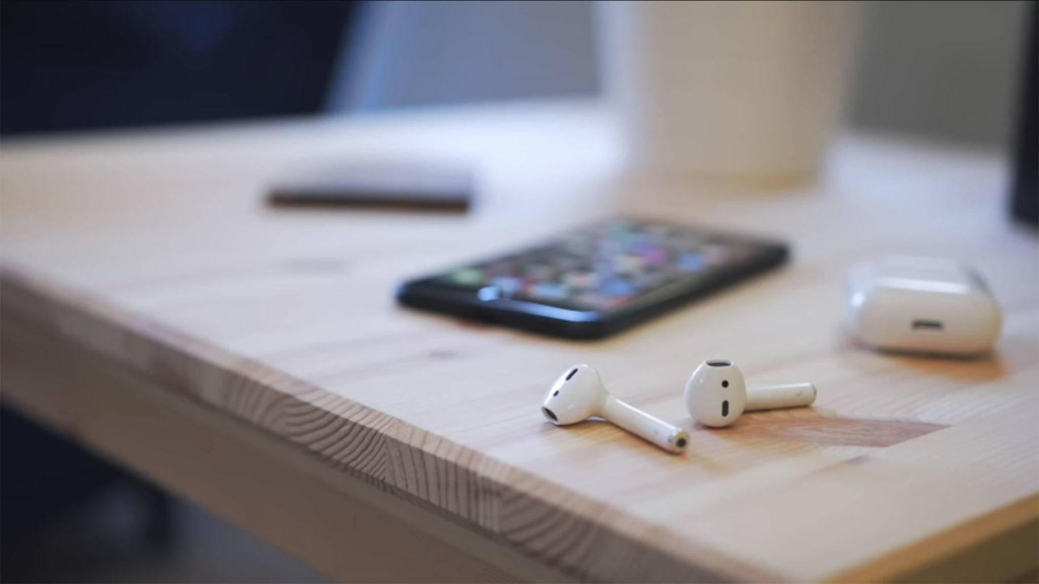Die Distanz zwischen Kopfhörern und Gerät sollte nicht zu groß sein.