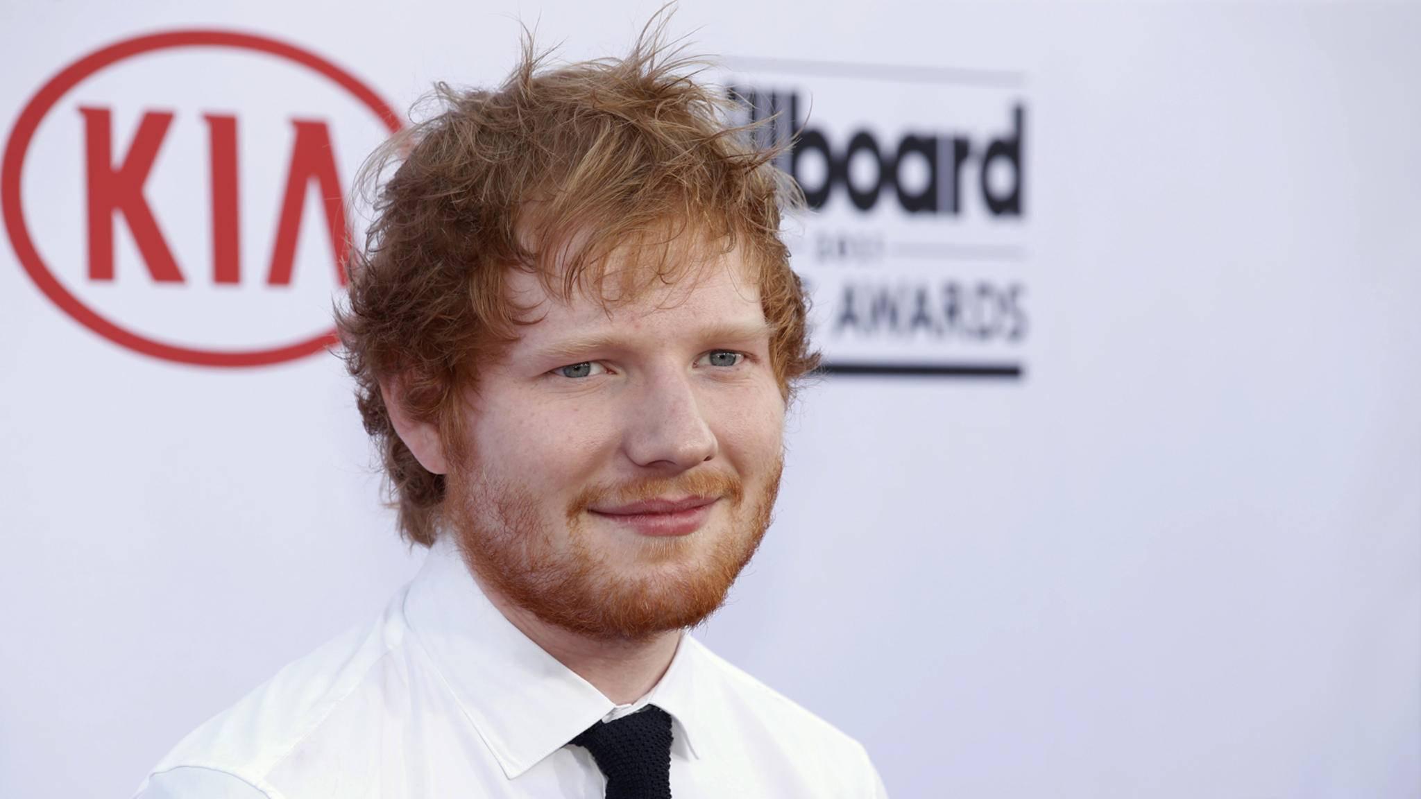 Ed Sheeran verwöhnt seine Fans mit neuem musikalischen Material.