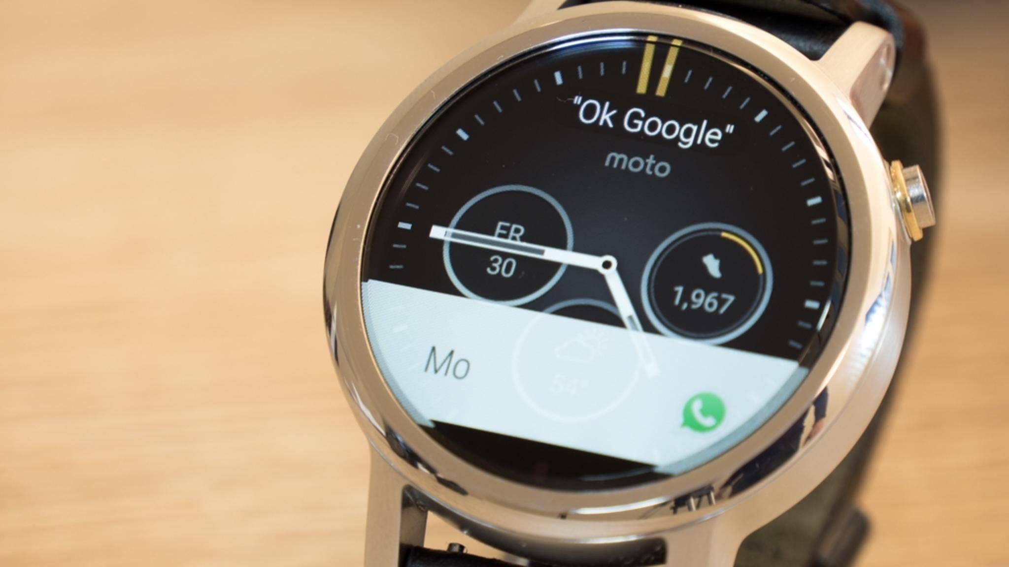 WhatsApp soll auf Android-Smartwatches noch vielseitiger werden.