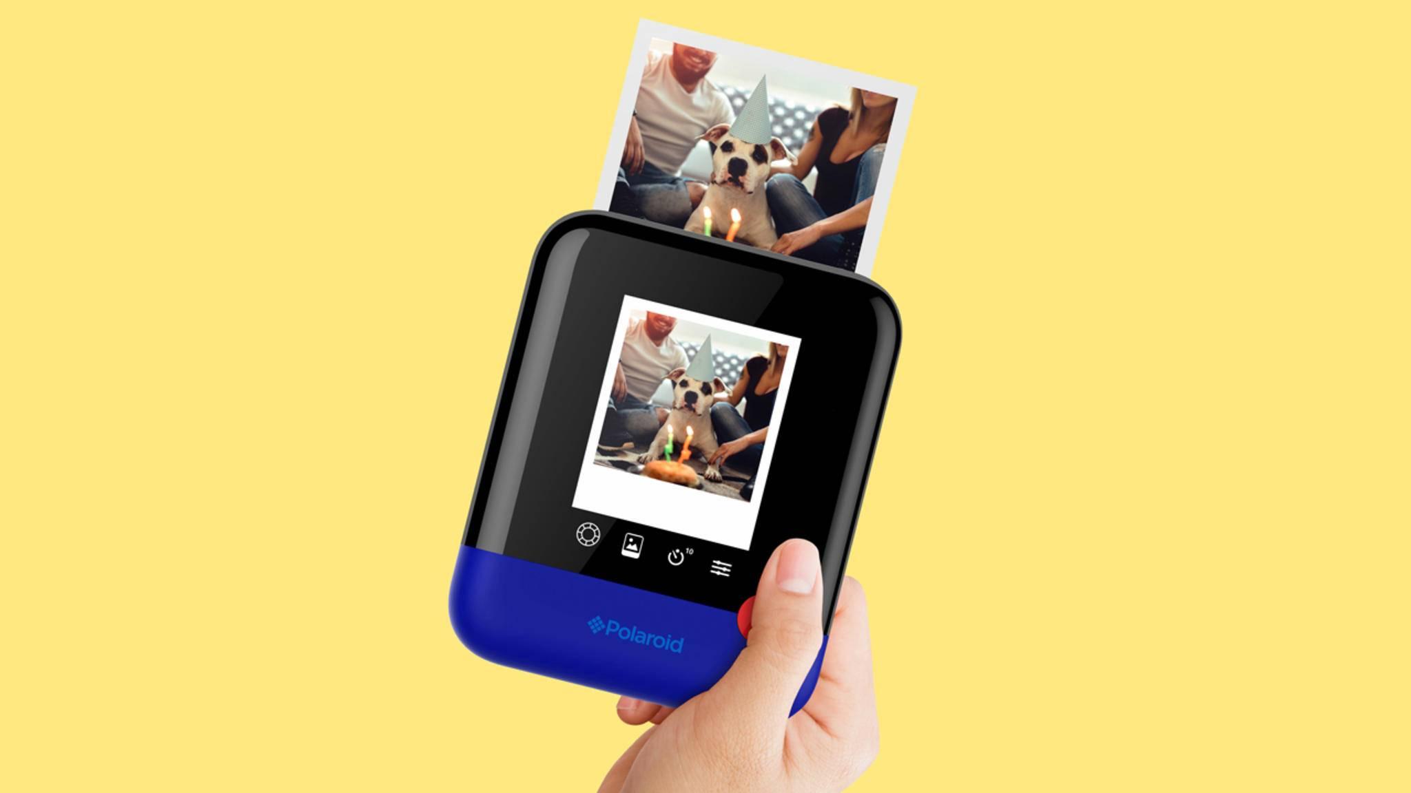 Die Polaroid Pop ist eine digitale Sofortbildkamera, die 3 x 4 Zoll große Fotos druckt.