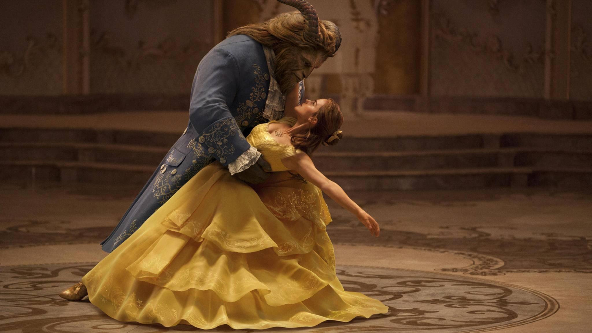 """Emma Watson stellt in der Realverfilmung zu """"Die Schöne und das Biest"""" als Belle ihre Gesangskünste unter Beweis."""