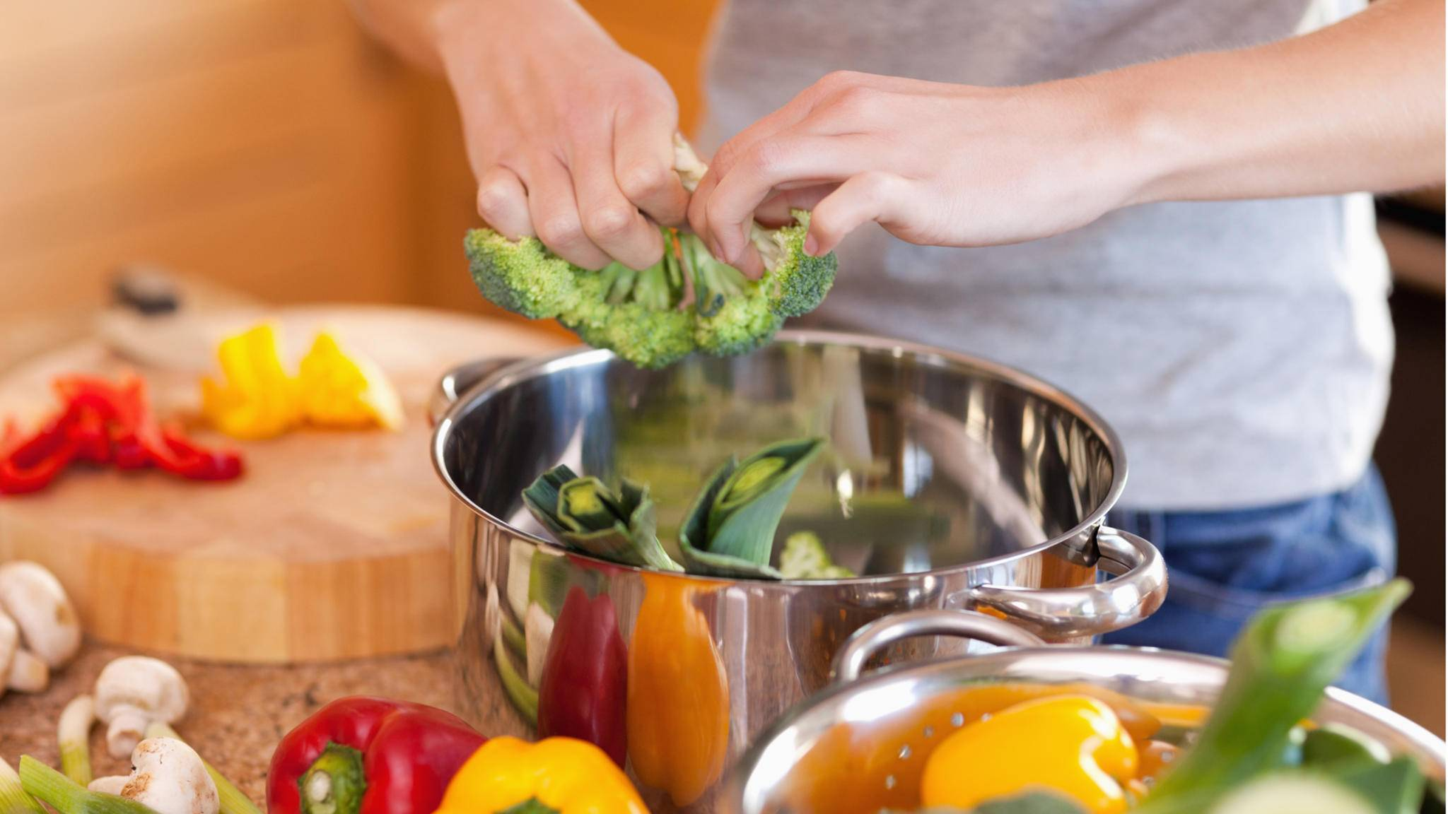 Geniale Foodhacks erleichtern das Leben und sorgen gleichzeitig für eine Extraportion Genuss.