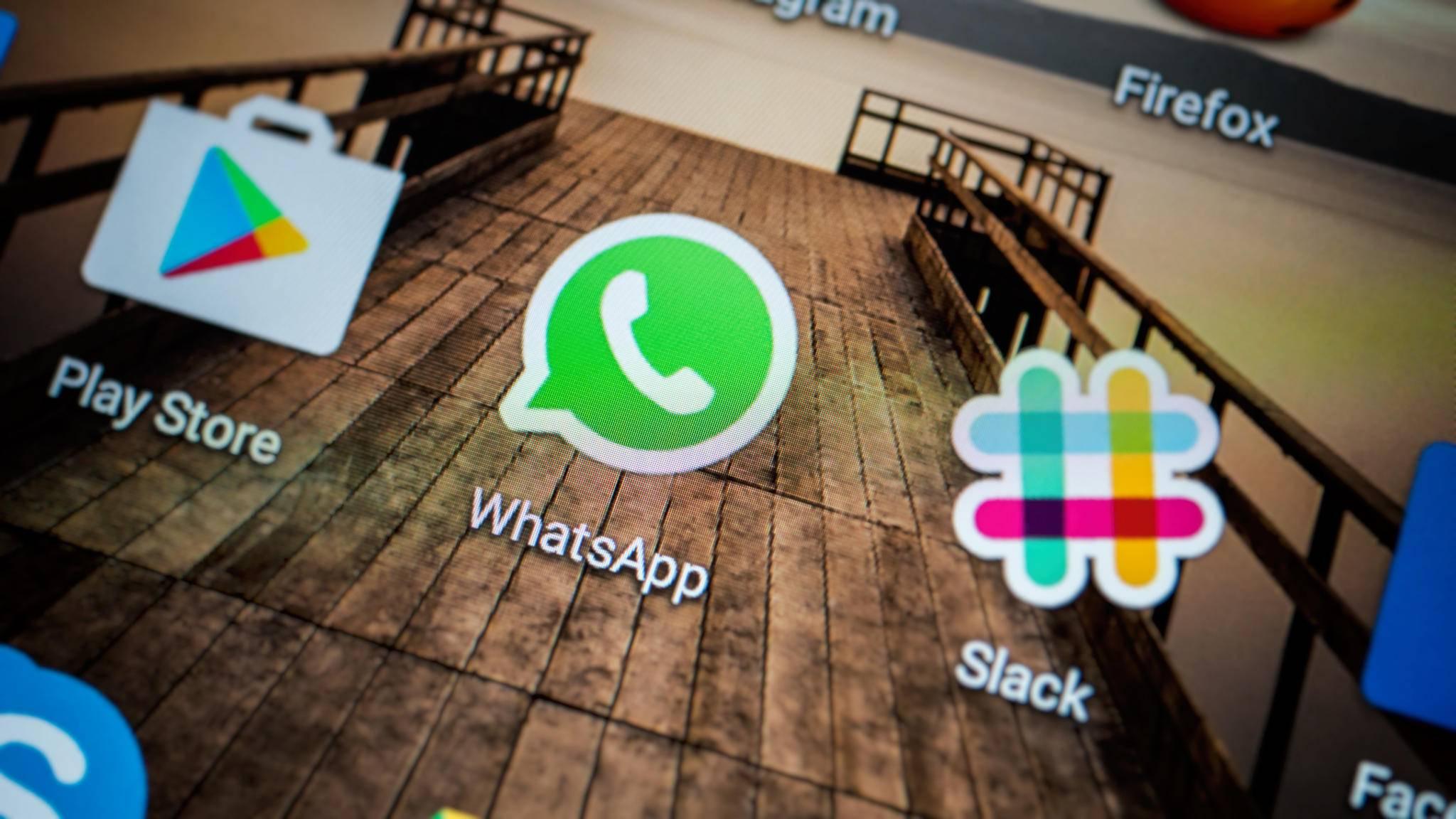 Mit Whatsapp lassen sich Bilder vom Smartphone auf den PC übertragen.