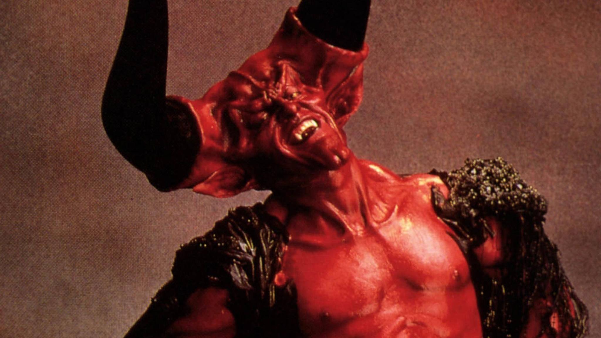"""Tim Curry und seiner Darstellung des Teufels ist es zu verdanken, dass """"Legende"""" kein absoluter Flop wurde."""