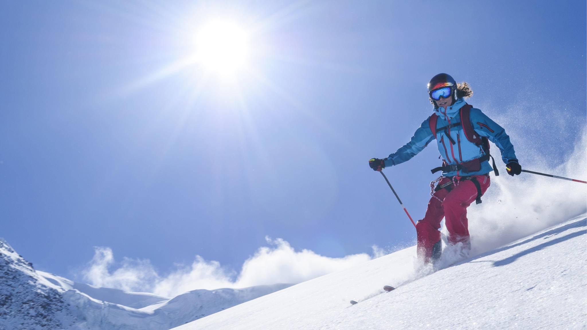 Mit den richtigen Apps macht der Skiurlaub viel mehr Spaß.