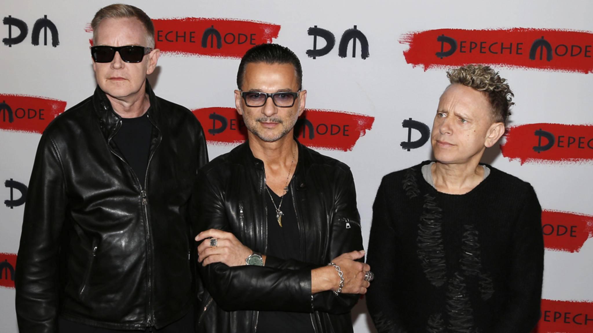 """Depeche Mode starten mit dem Video zu """"Where's the Revolution"""" ziemlich düster in das Jahr 2017."""