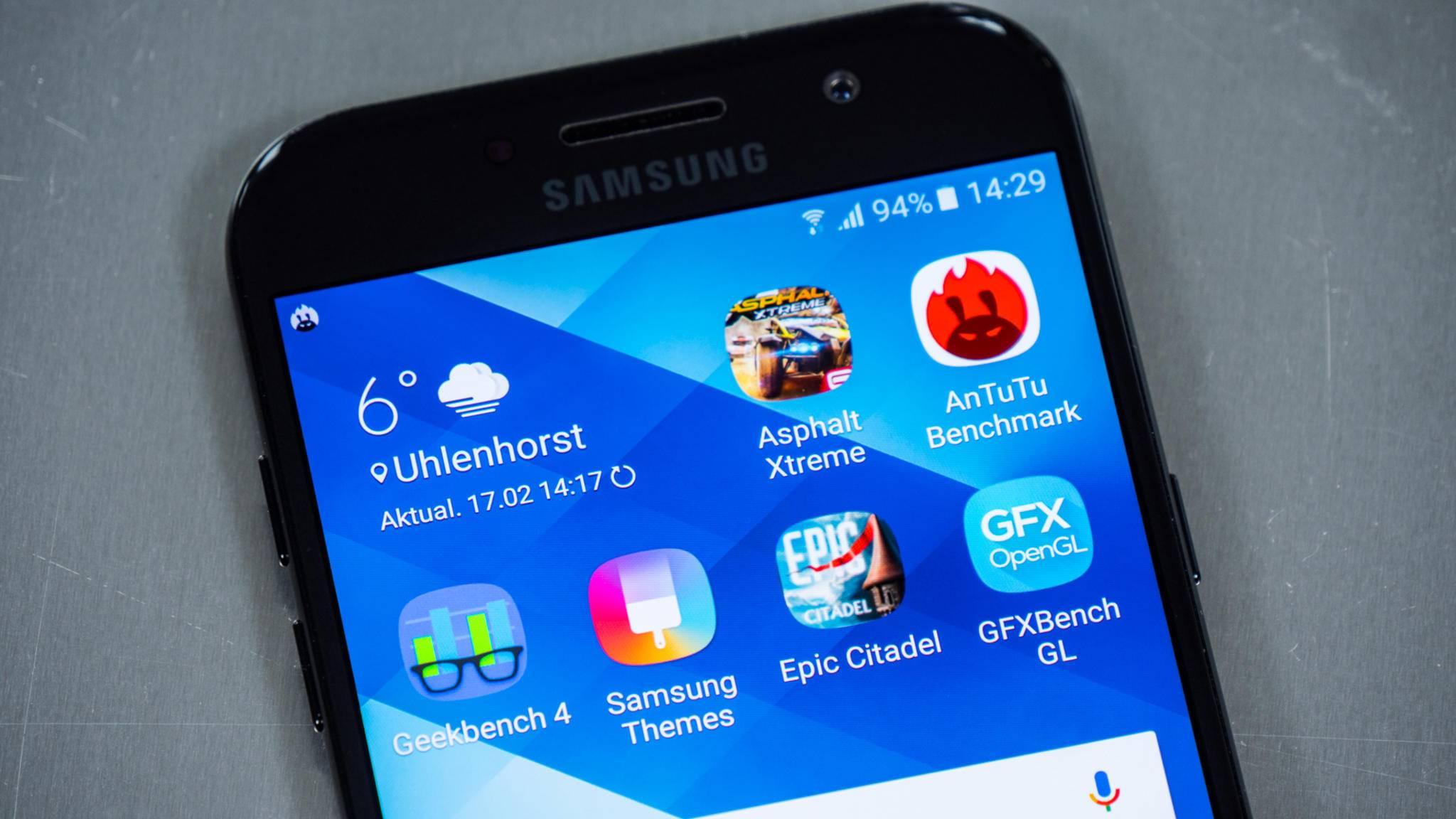 Das Galaxy A5 (2017) bietet laut Benchmarks in etwa dieselbe Leistung wie das Huawei Nova.