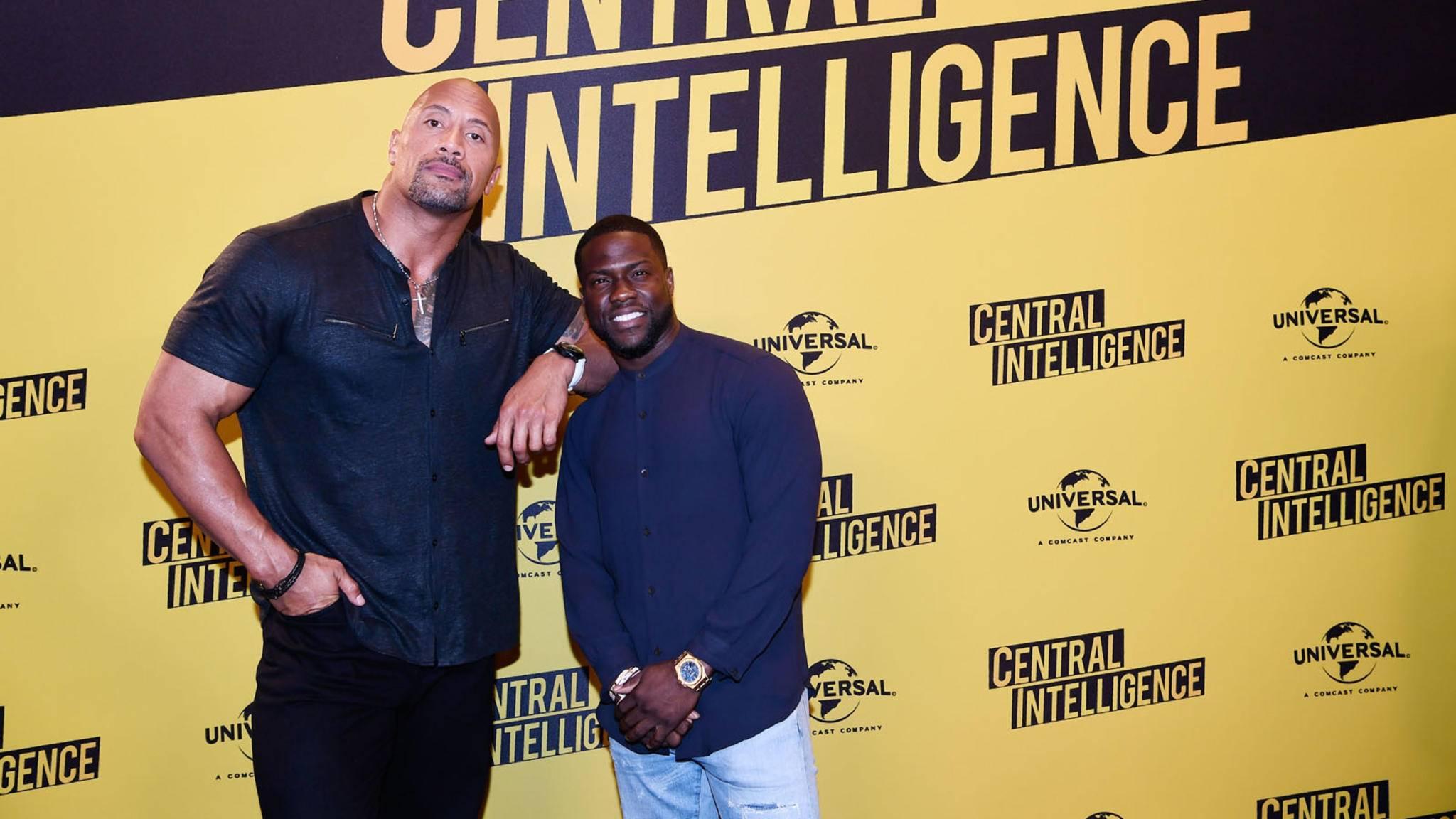 """Dwayne Johnson (l.) und Kevin Hart bewerben ihren Film """"Central Intelligence""""."""