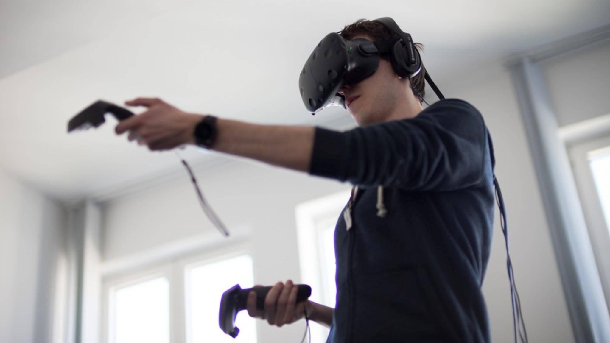 VR-Brillen wie die HTC Vive brauchen jede Menge Grafikpower.