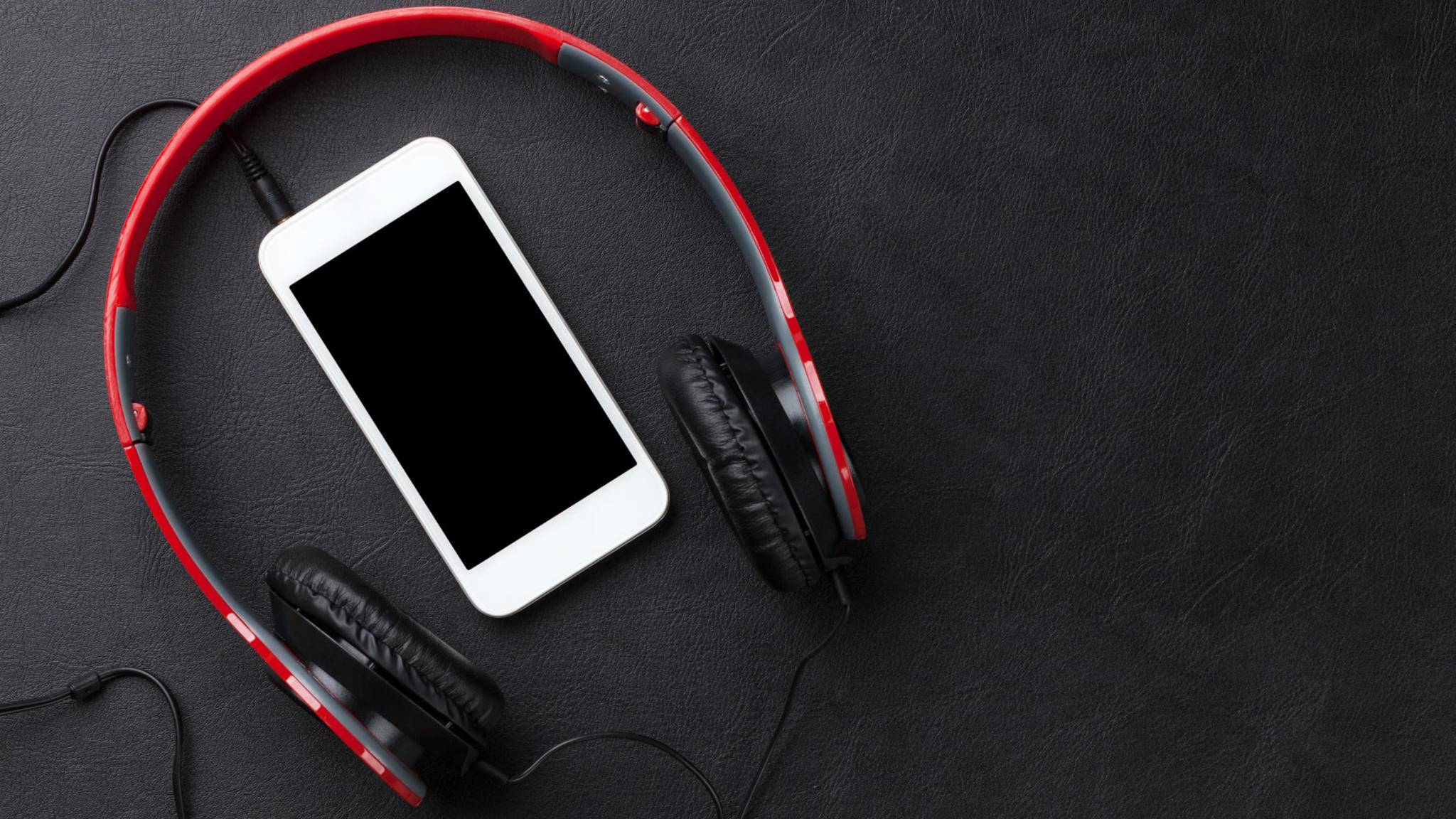 Wir klären, was Du gegen rauschende Kopfhörer tun kannst.