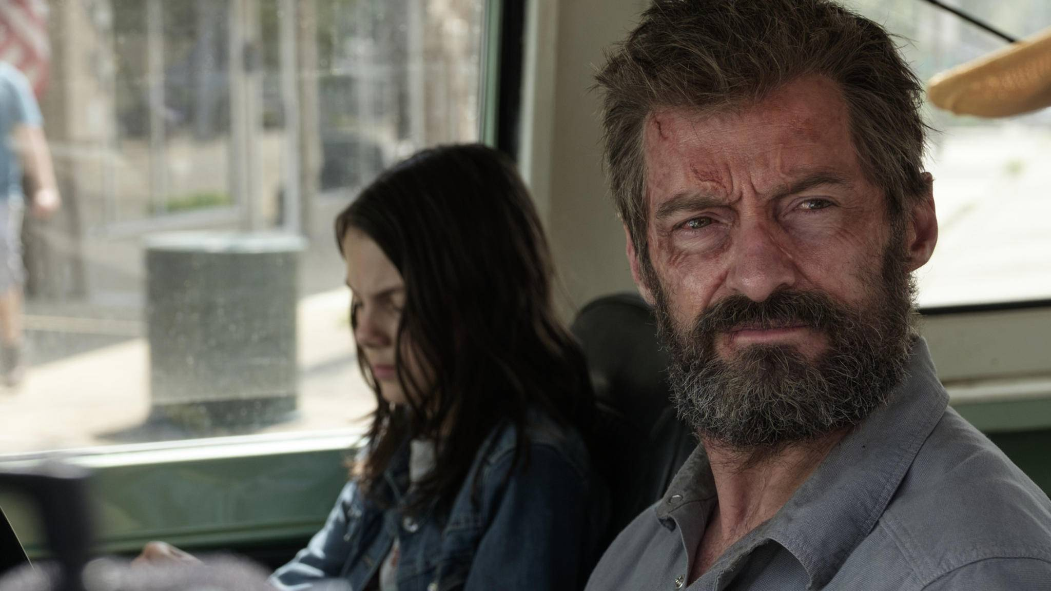 """Hmm? Hat hier jemand Wolverine gesagt? """"Logan""""-Star Hugh Jackman teaserte eine große Neuigkeit an ..."""