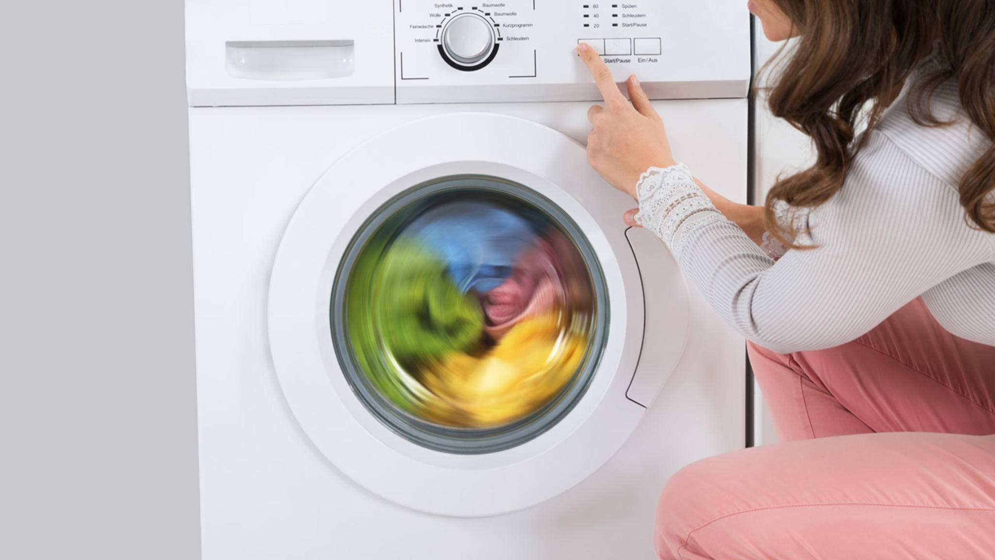 Wer seine Waschmaschine mit AquaStop ausrüstet, geht bei Schlauchdefekten auf Nummer sicher.