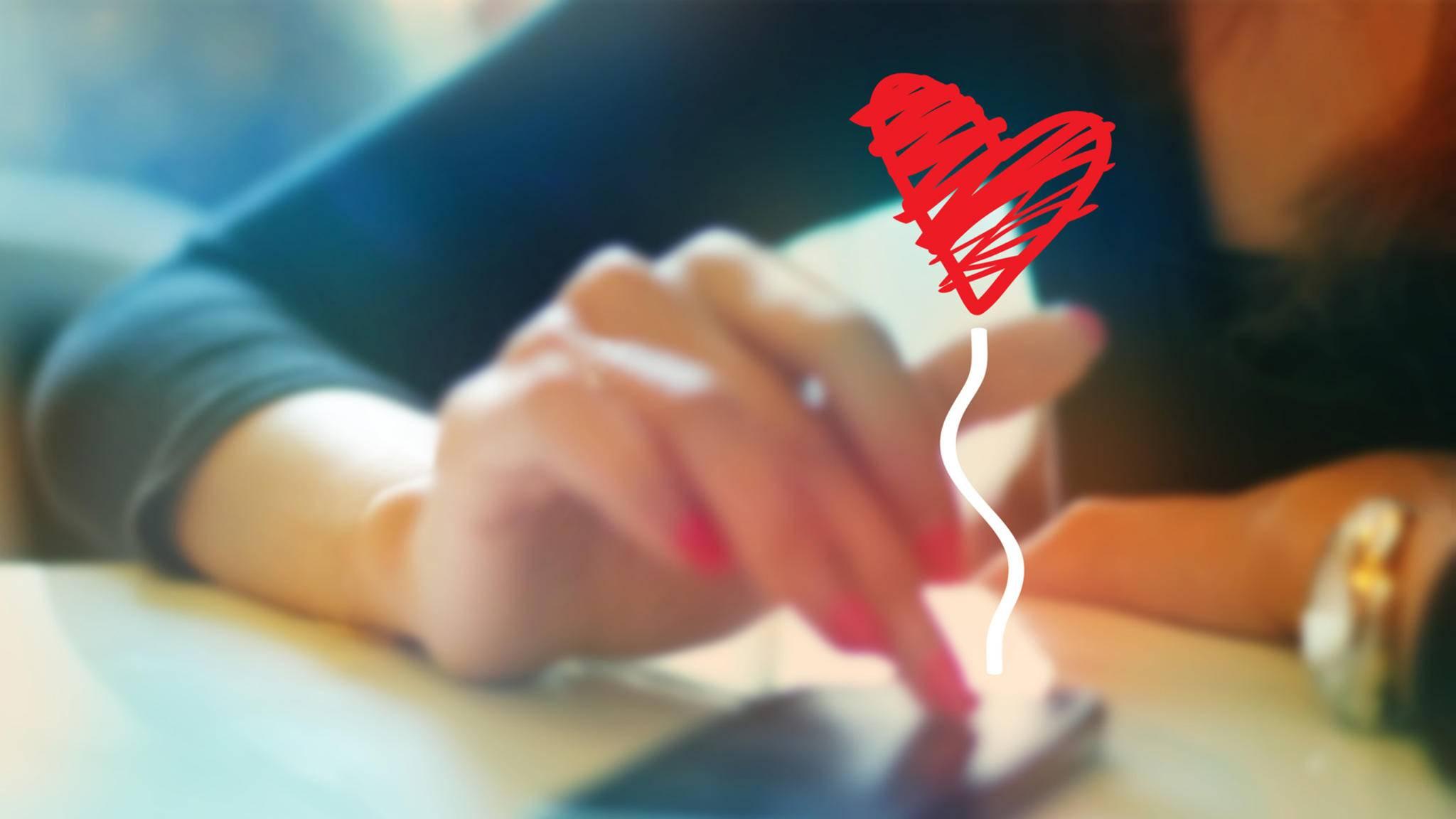Spätestens zum Valentinstag sollte das Tinder-Profil aufgehübscht werden.