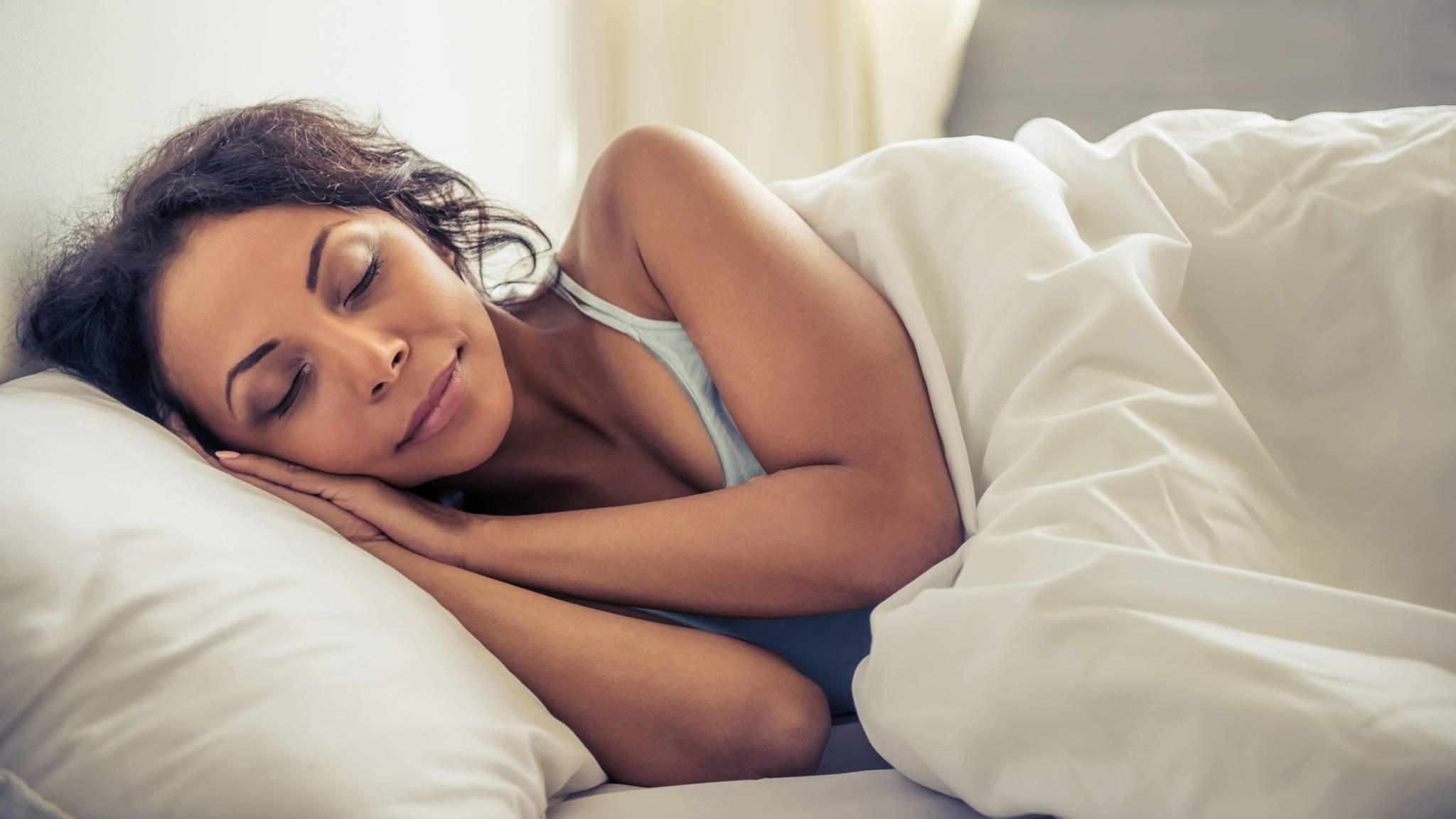 Unsichtbar: Ein Schlafsensor unter der Matratze ist nicht zu sehen oder zu spüren.