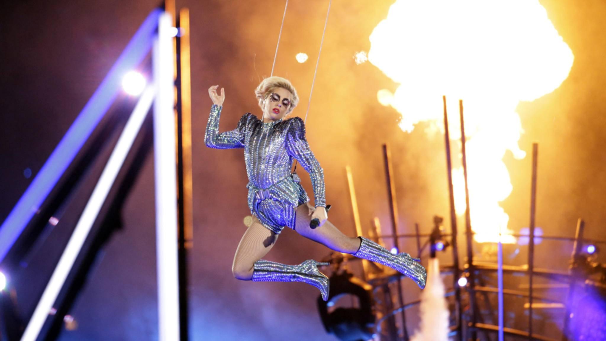 Halbzeit-Hits: Lady Gaga heizte dem NRG Stadium beim Super Bowl 2017 ordentlich ein.