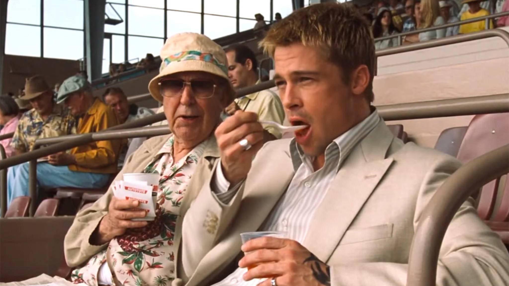Ein Film mit Brad Pitt enthält mit hoher Wahrscheinlichkeit einige Szenen, in denen der Schauspieler irgendeine Form von Nahrung zu sich nimmt.