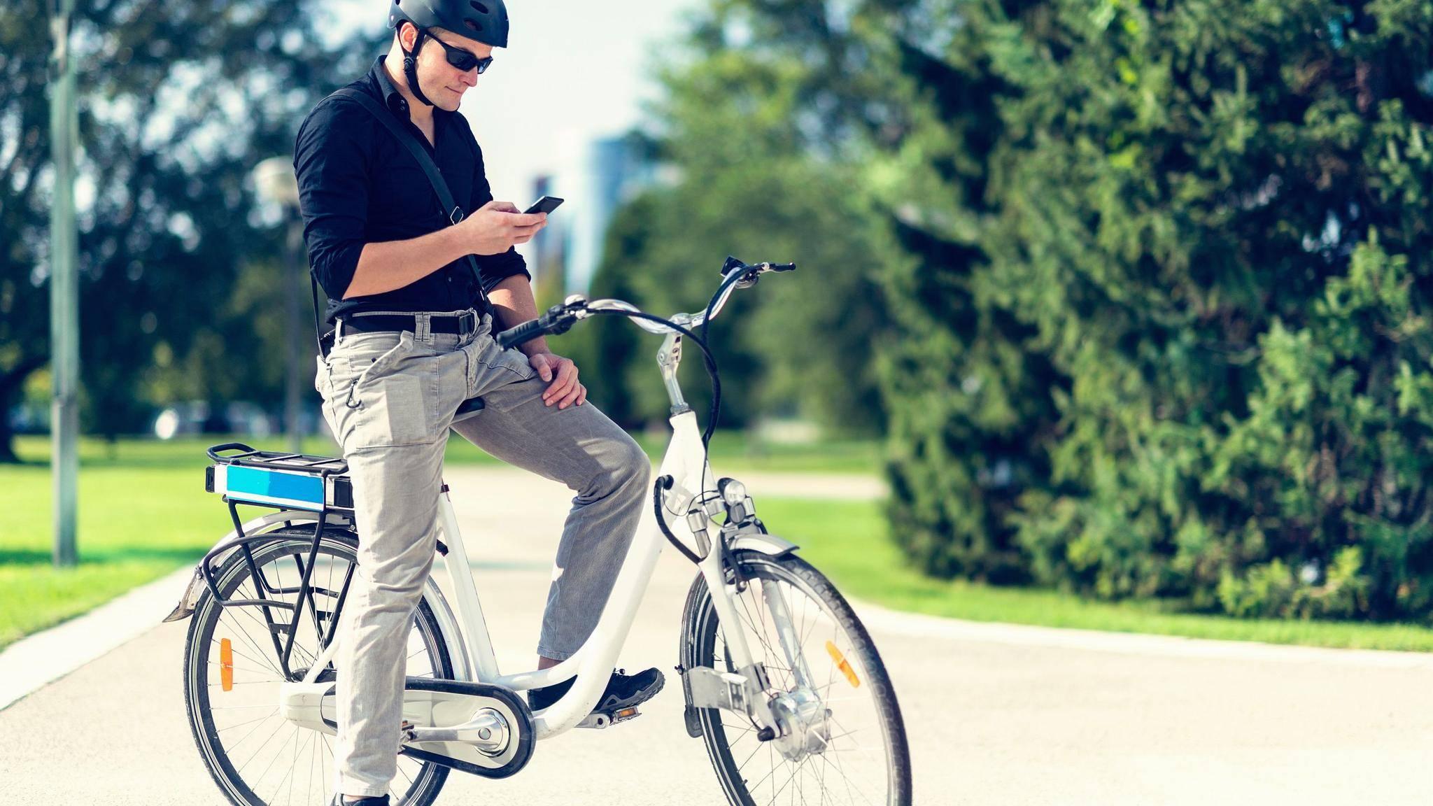 Wer ein E-Bike besitzt, dürfte sich nicht über eine Überanstrengung beim Radeln beklagen.