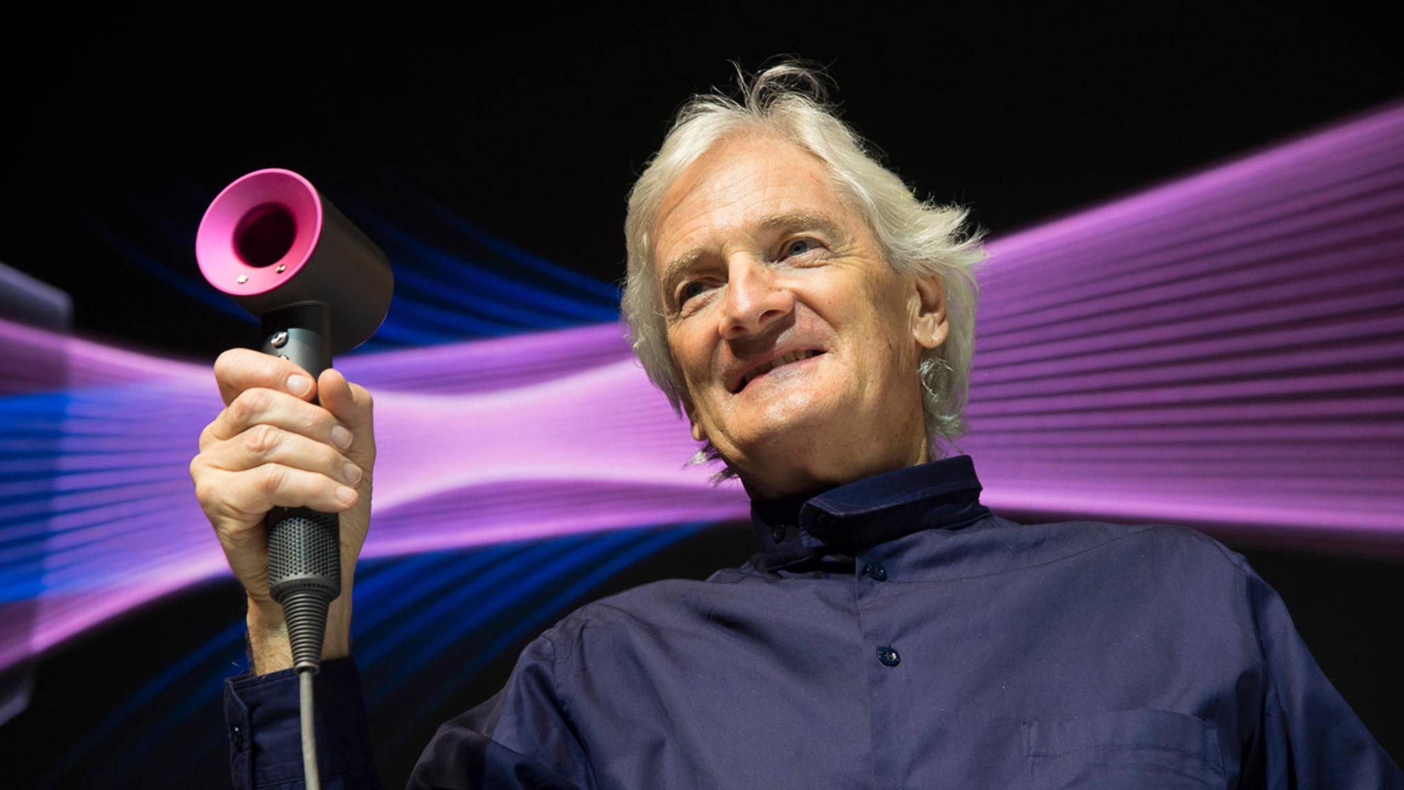 """Angefangen mit dem Haartrockner """"Supersonic"""" (hier mit Firmenchef James Dyson) setzt Dyson aufs Haar. Bald könnte eine entsprechende Bürste folgen."""