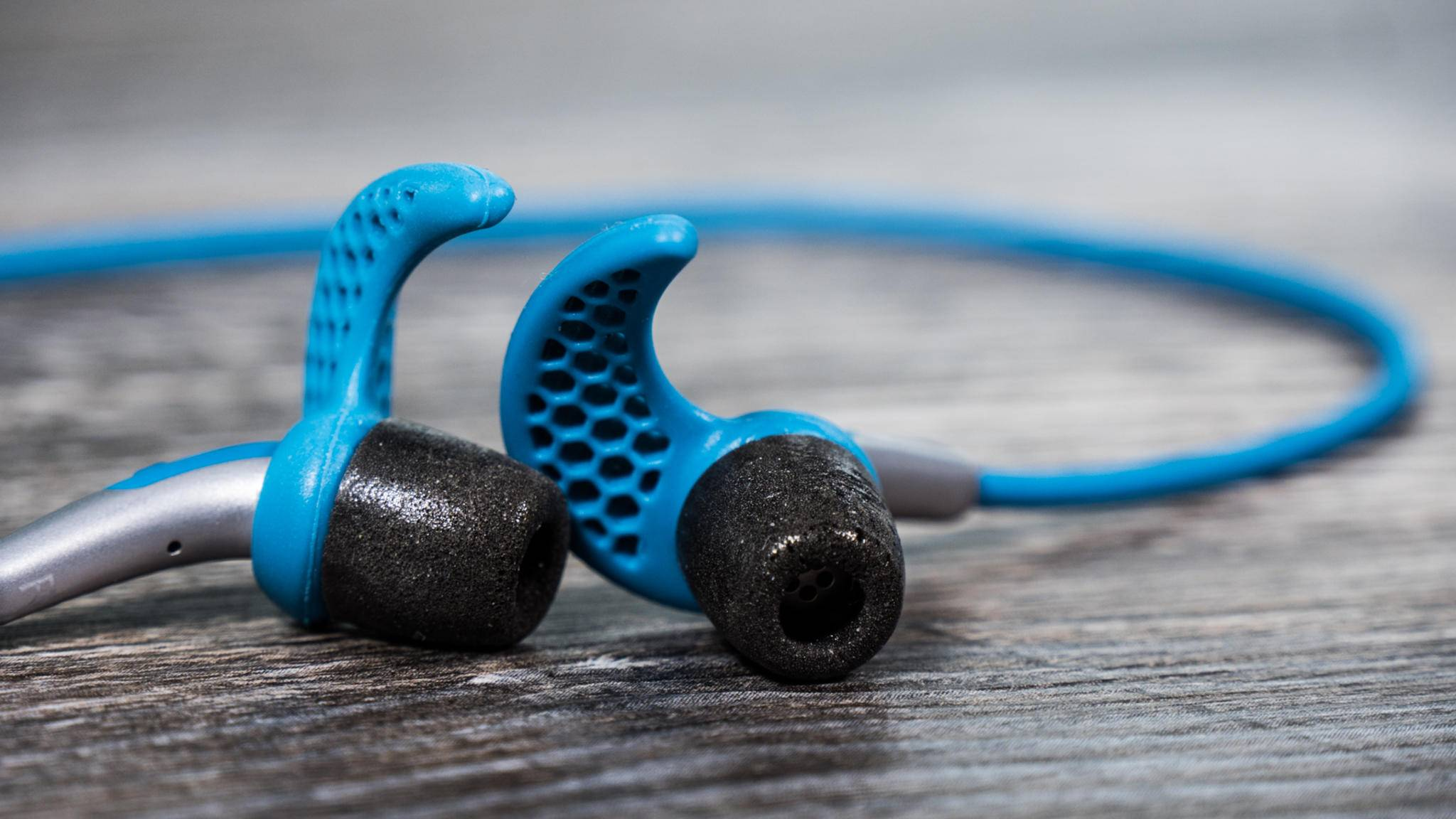 Bluetooth-Kopfhörer gibt es in allen Preisklassen.
