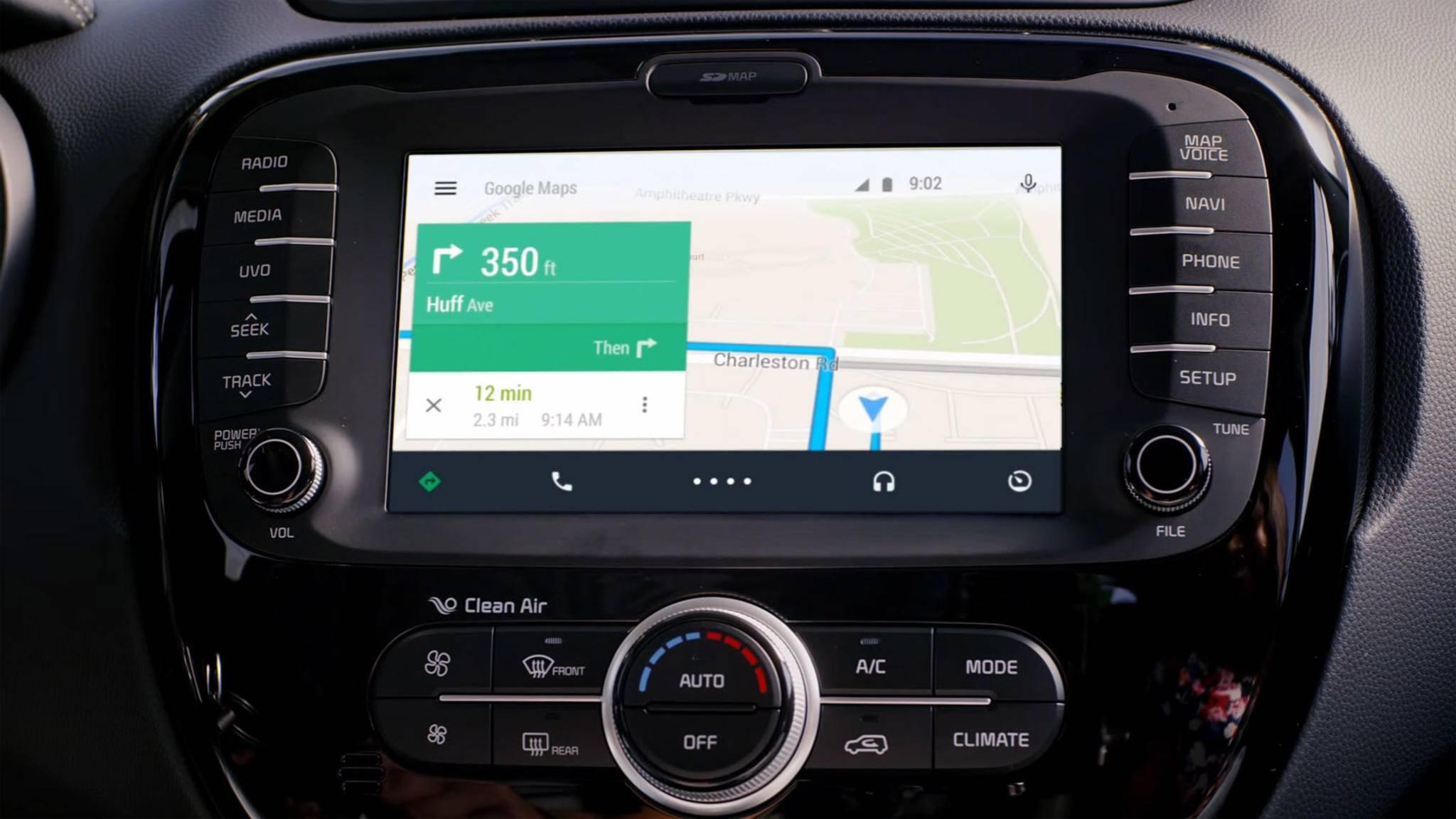 Mit Android Auto kannst Du Google Maps bequem in Deinem Fahrzeug nutzen.