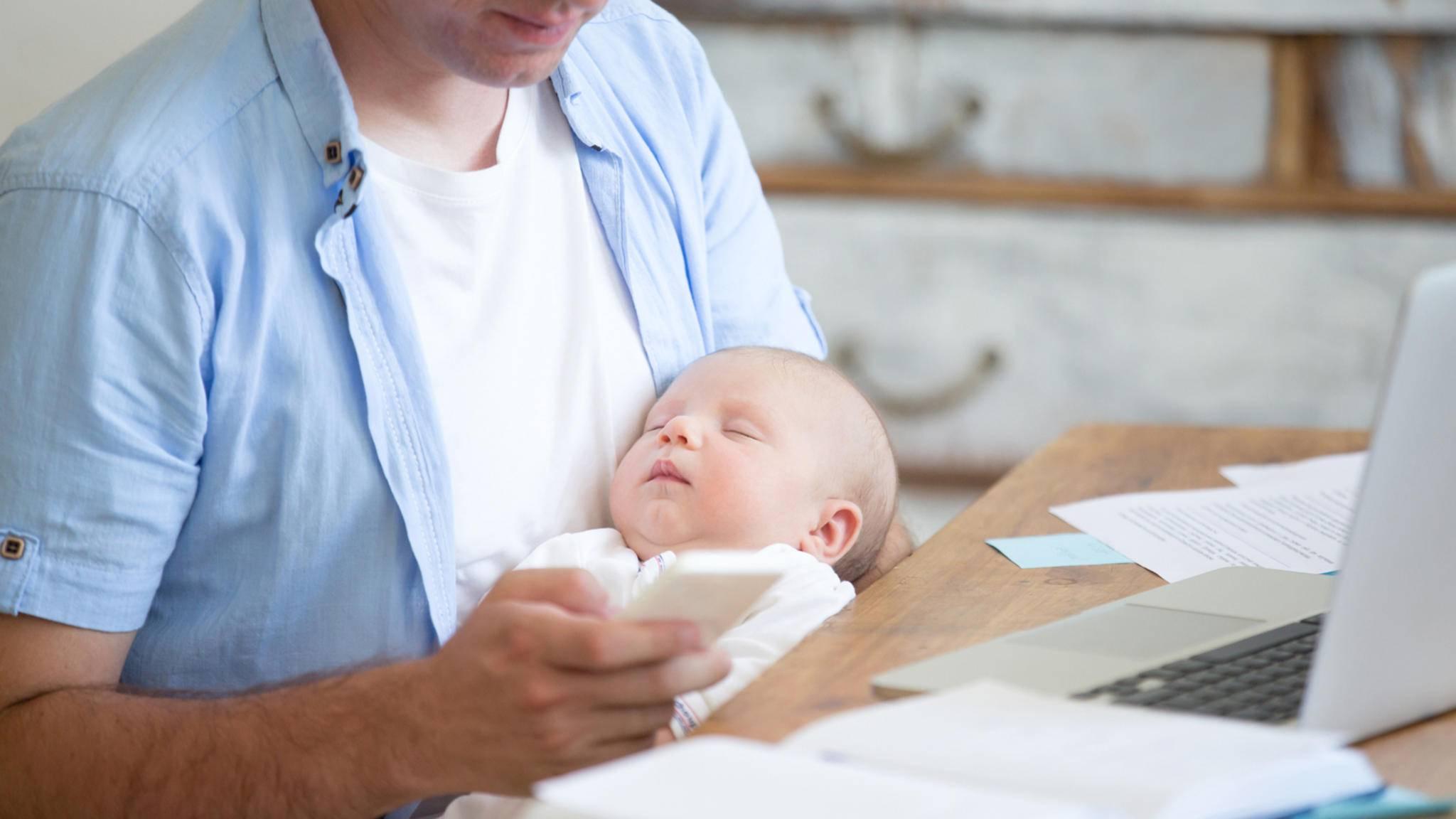 Apps rund ums Baby unterstützen Dich im Alltag mit Deinem Kind.