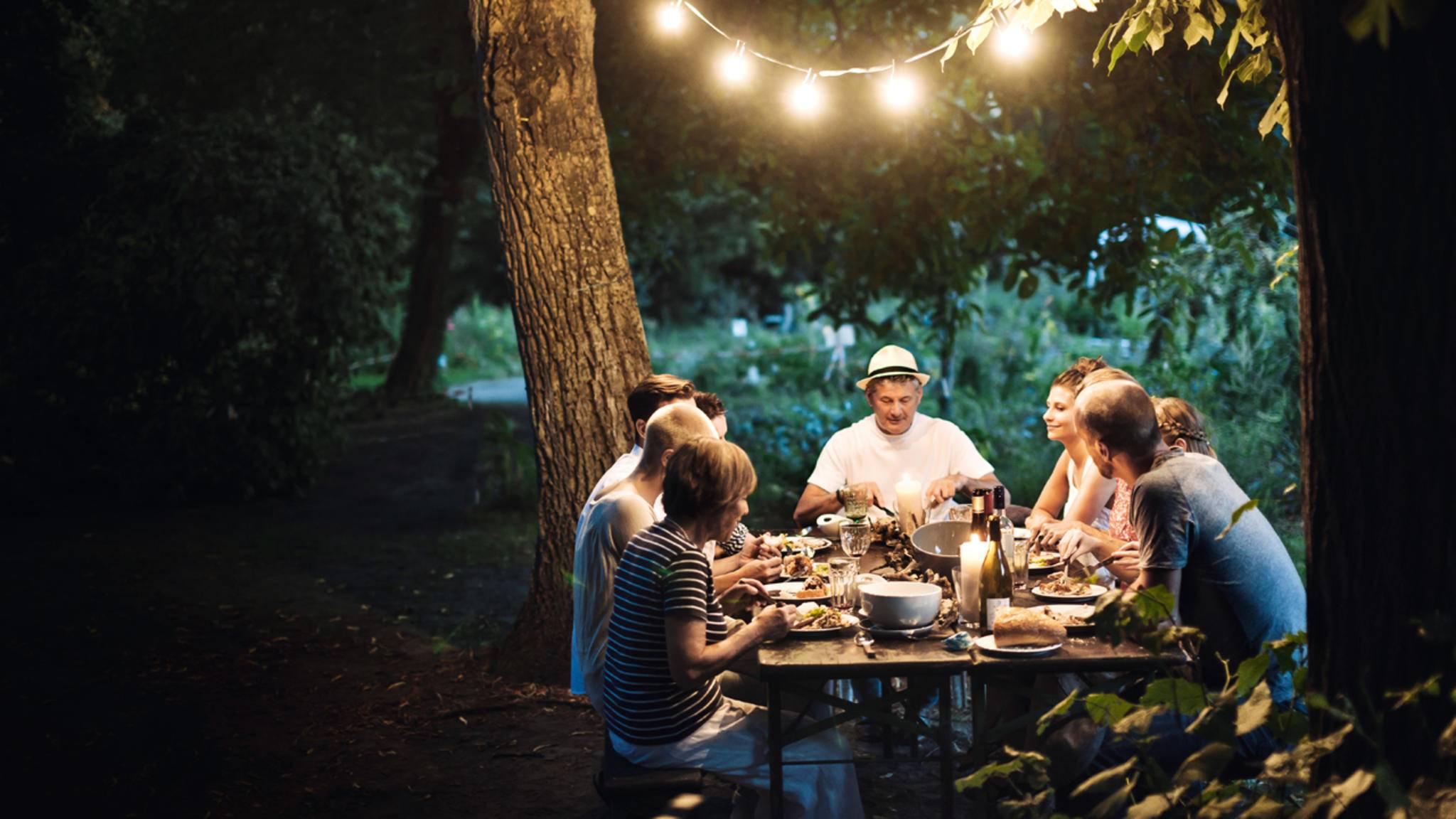 Nordische Lässigkeit: Dänen treiben nicht nur gern Sport, sie lieben auch gutes Essen – beides am liebsten draußen und mit reichlich Freunden.