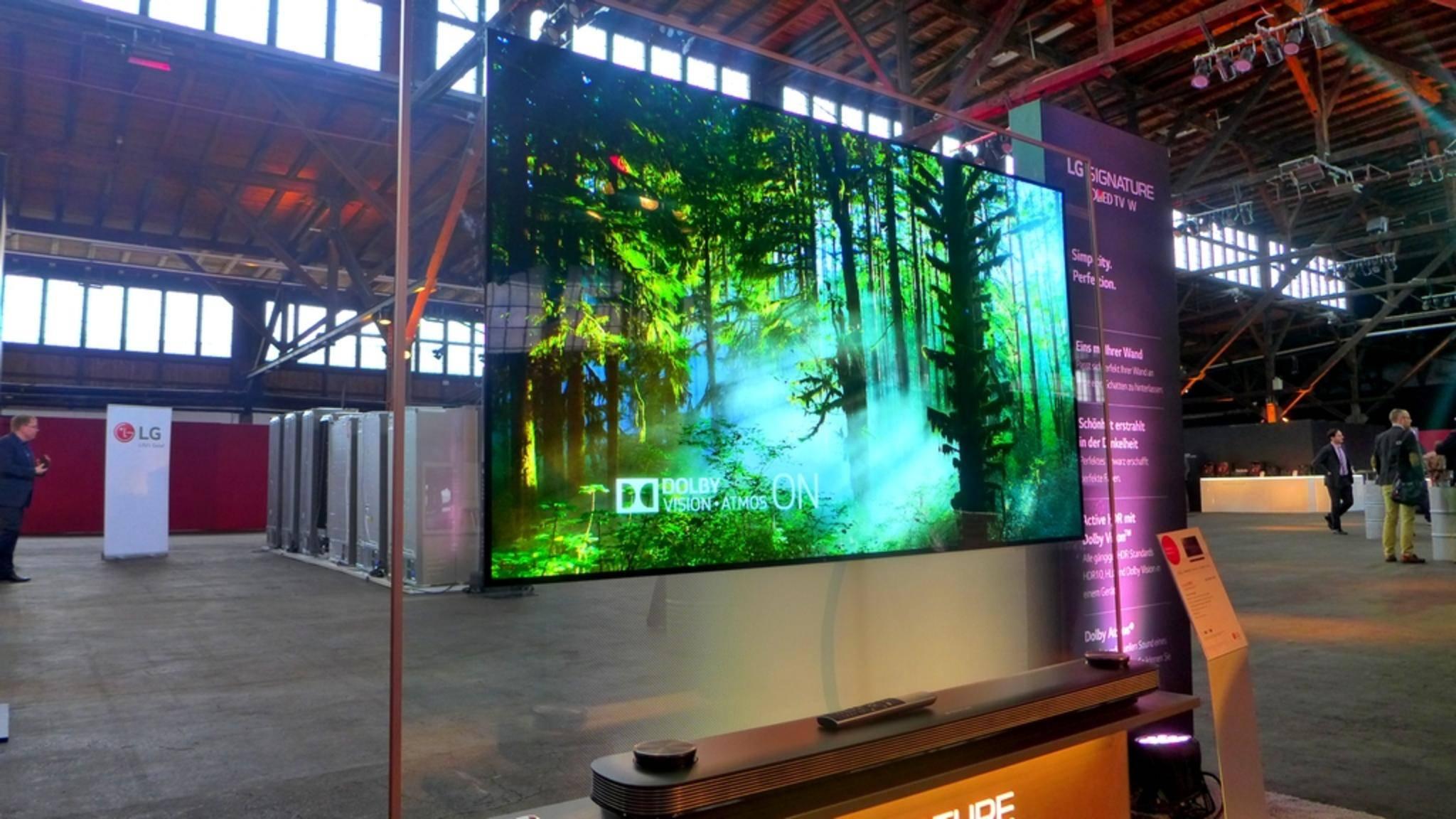 Größter OLED-Fernseher der Welt: LG zeigt gigantischen 88-Zoll-TV