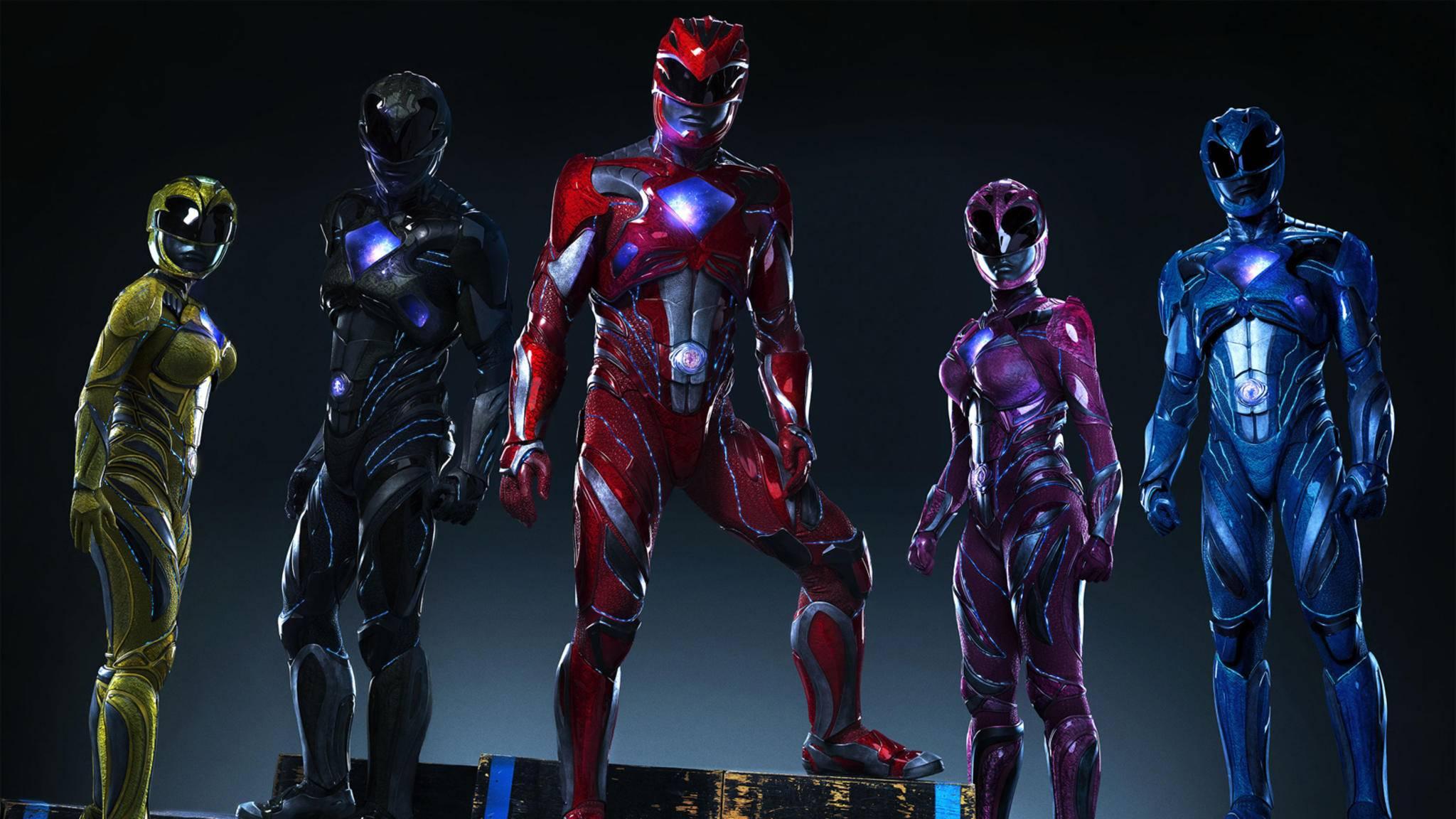 Die Power Rangers rüsten sich für einen neuen Einsatz.