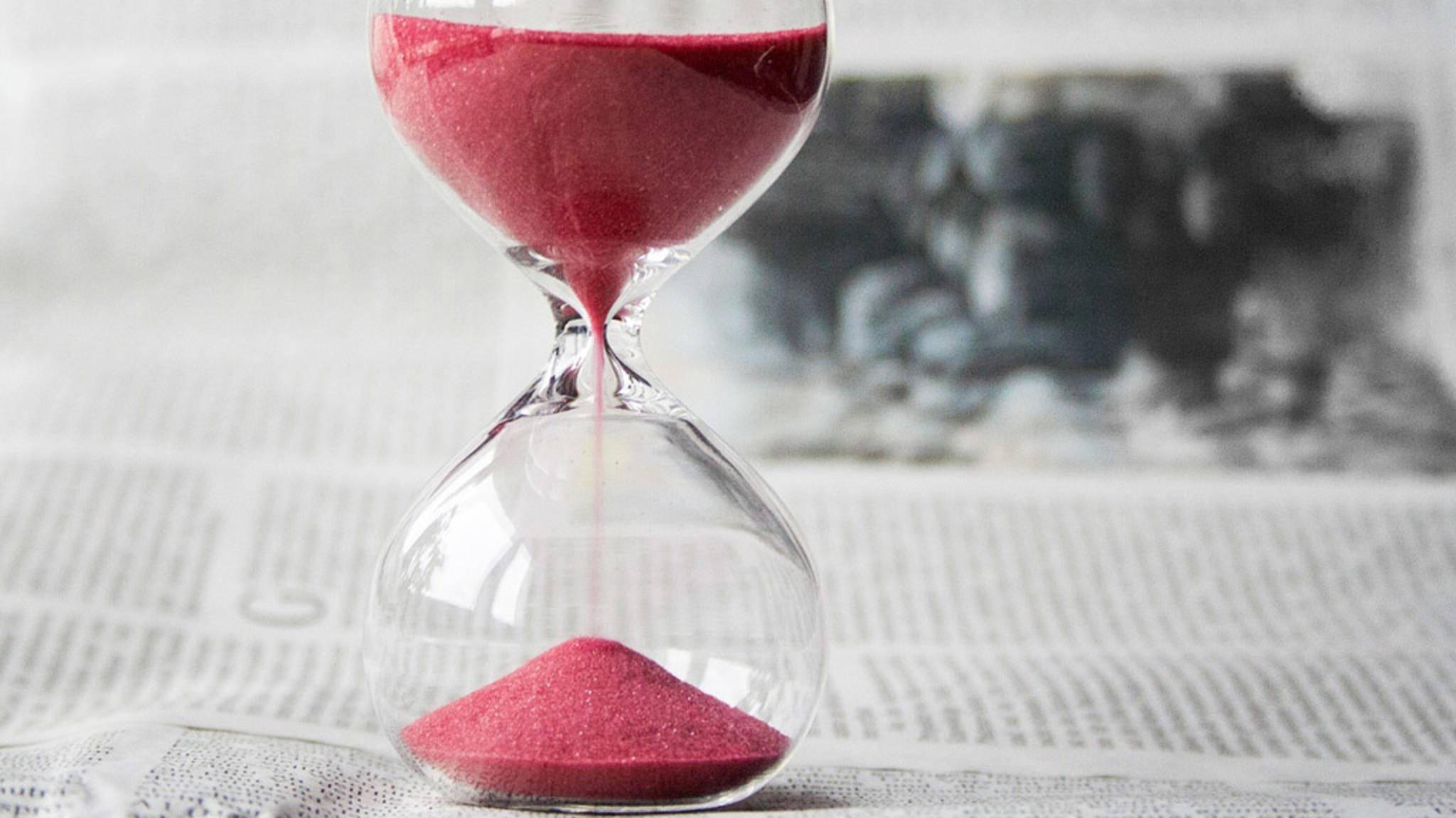 Die Zeit läuft Dir ständig davon? Keine Panik: Pünktlichkeit kann man erlernen.
