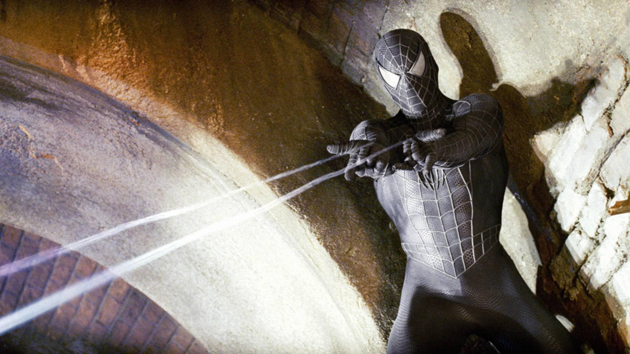 Spider-Mans schwarzer Anzug fehlt im PS4-Game – und dafür gibt es einen guten Grund.