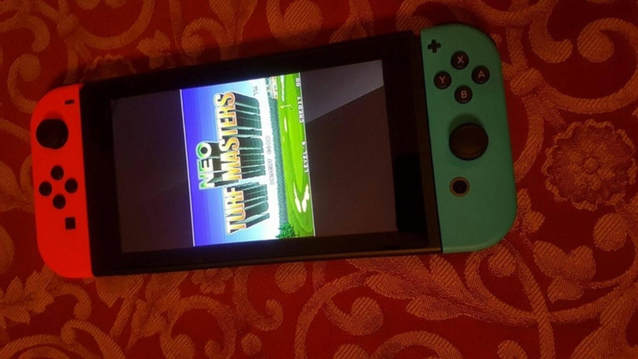 Ja, auf der Nintendo Switch lässt sich auch in vertikaler Ausrichtung zocken.