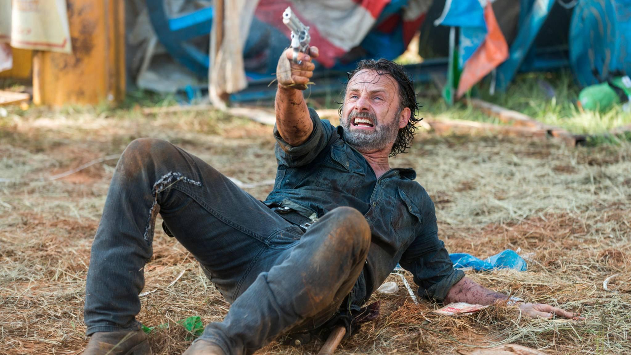 """Die Helden aus """"The Walking Dead"""" stehen momentan von mehreren Seiten unter Beschuss."""