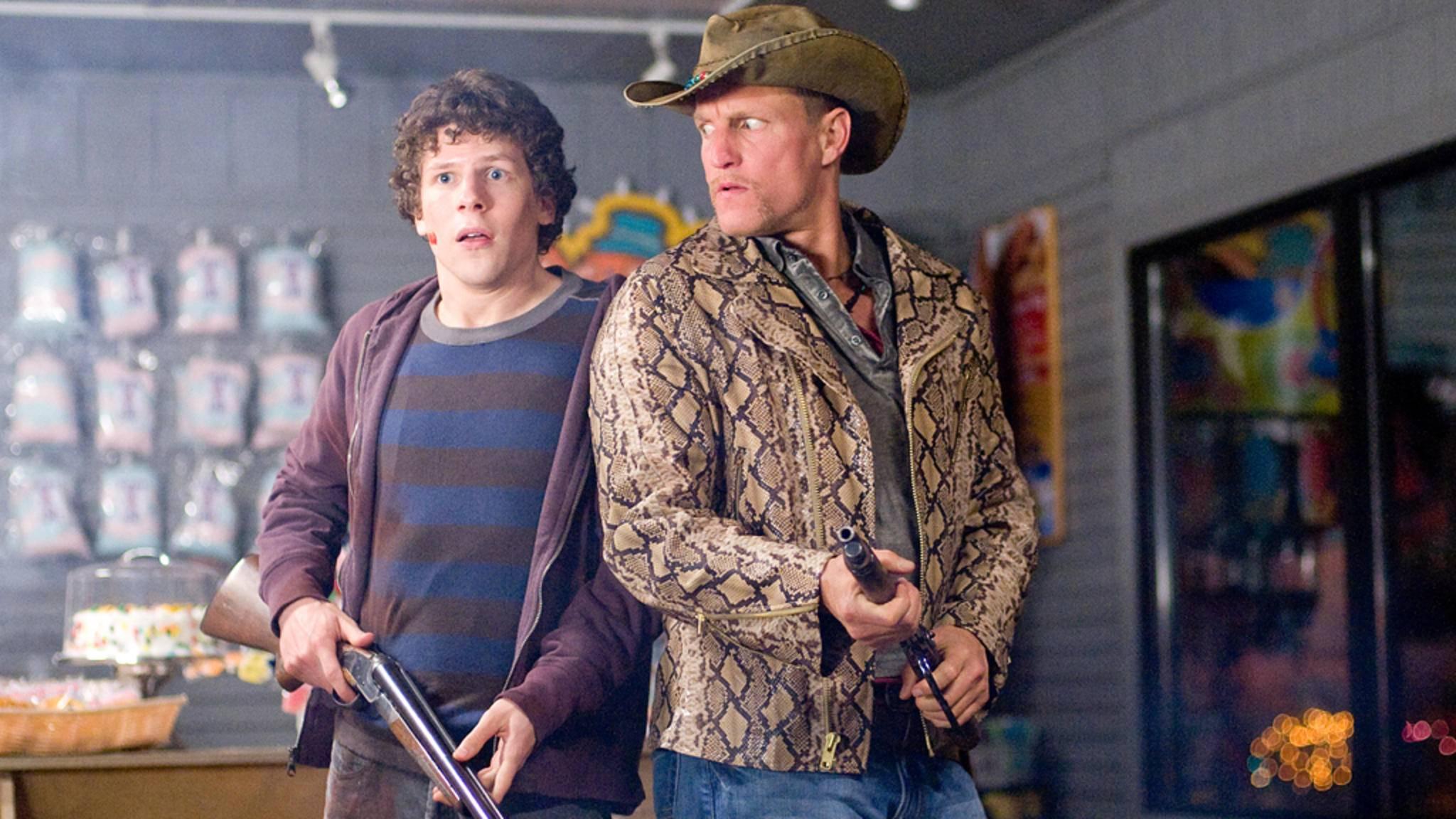"""Noch ist nicht sicher ob Jesse Eisenberg und Woody Harrelson in """"Zombieland 2"""" wieder gemeinsam auf die Jagd nach Untoten gehen."""