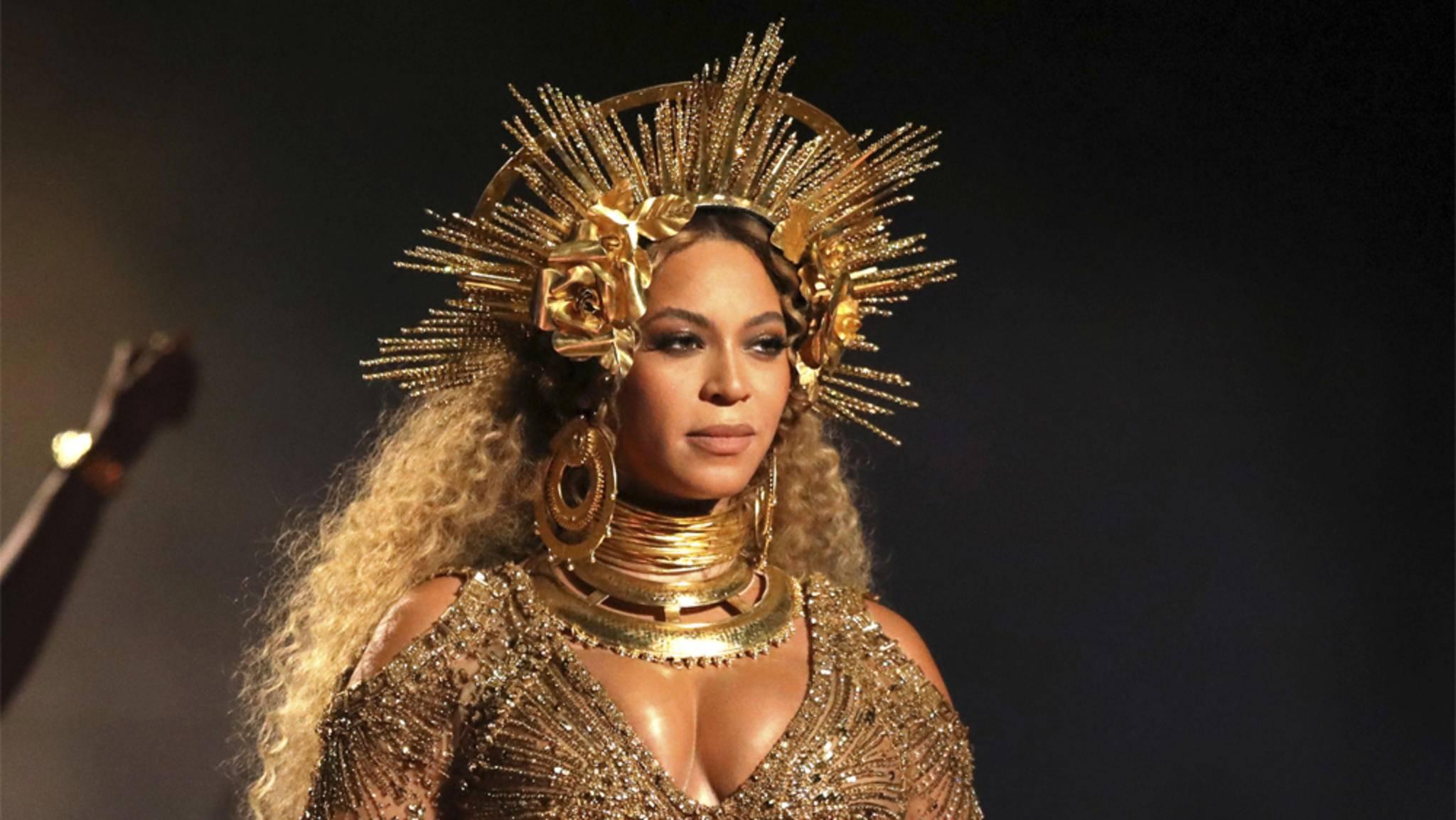 """Die Verkaufszahlen zeigen: Beyoncé verteidigt mit ihrem Album """"Lemonade"""" ihren Status als Sonnenkönigin des Pop."""