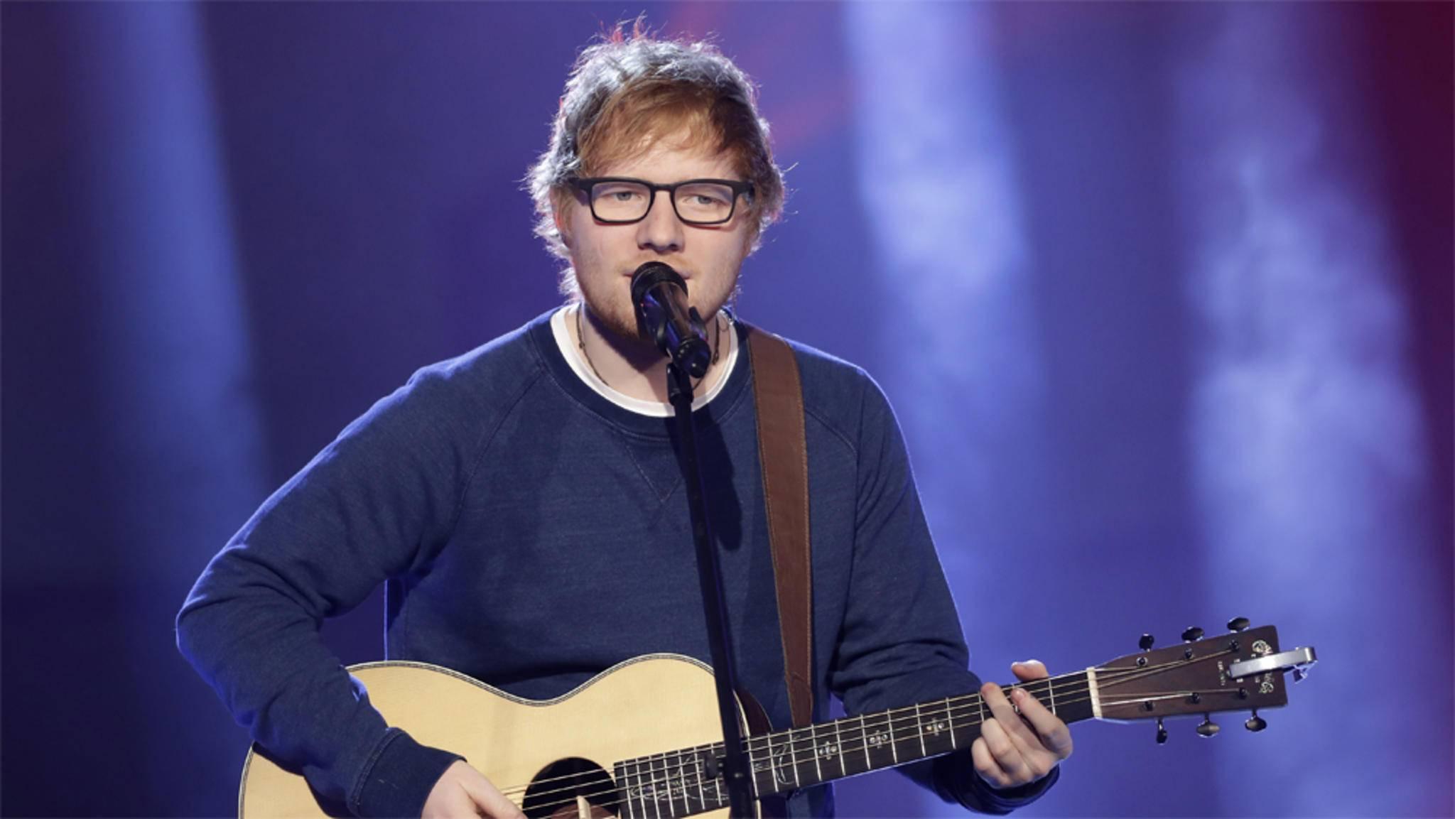 """Ed Sheeran macht in Staffel 7 von """"Game of Thrones"""" Westeros unsicher."""