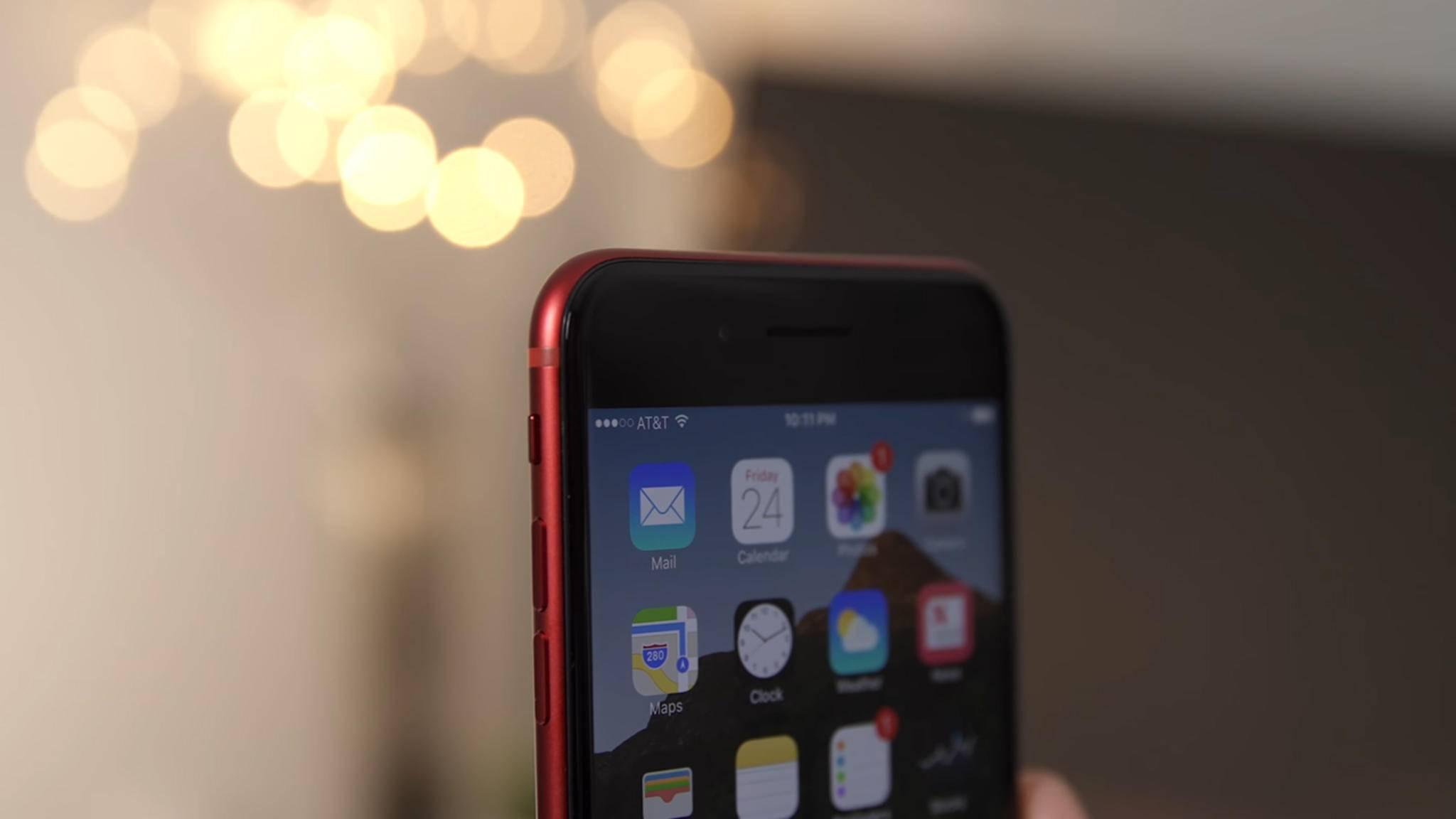 Wer das rote iPhone 7 mit schwarzer Front haben will, muss viel Geld ausgeben – und basteln können.