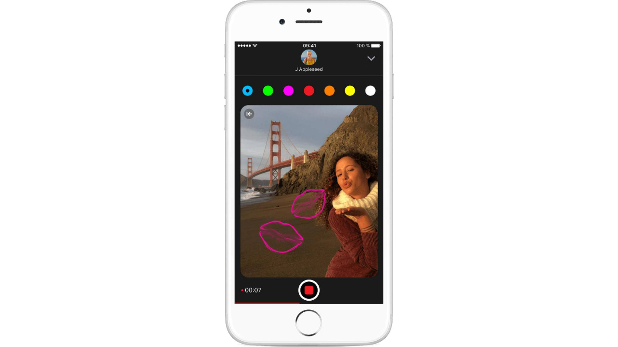 In der Nachrichten-App können Fotos auch mit Herzen verschönert werden.