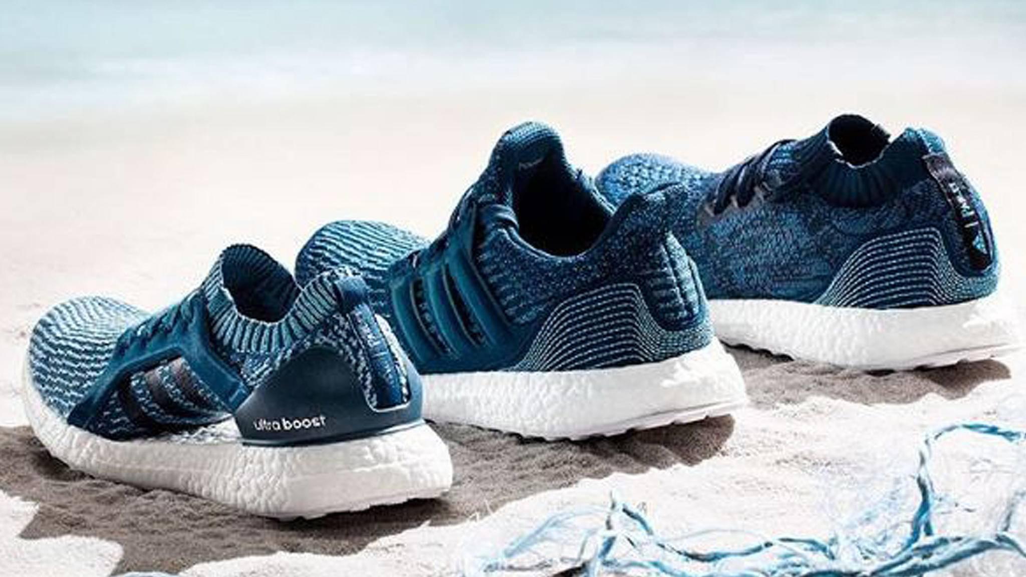 Diese Sneaker bestehen aus Plastikmüll.