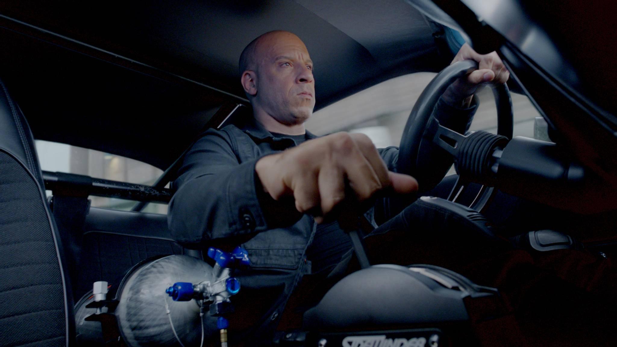"""Vin Diesel gibt in """"Fast & Furious 8"""" wieder Vollgas. Fans rund um den Globus belohnten das mit einem Einnahmenrekord zum Kinostart."""