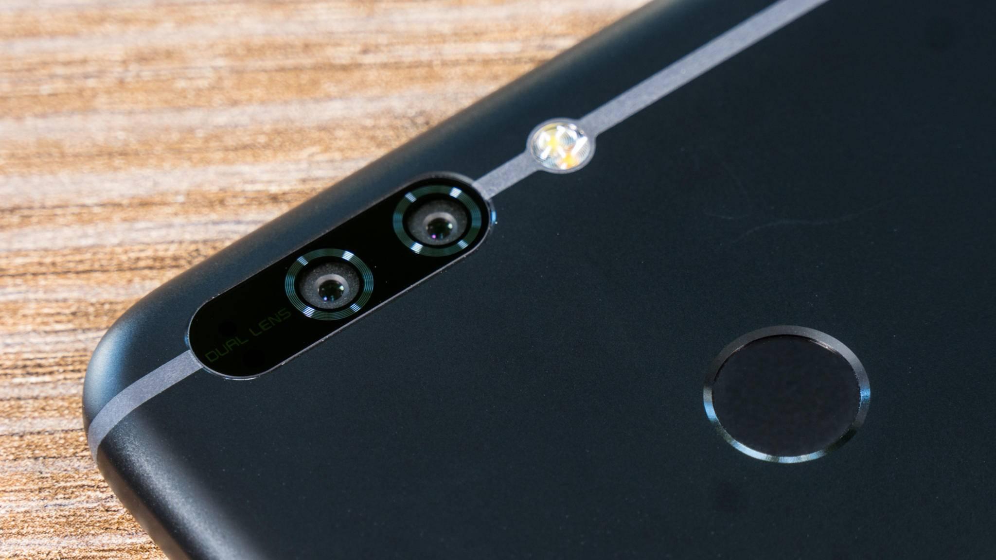 Das Honor 8 Pro tritt mit seiner Dual-Kamera gegen das Huawei Mate 9 an.