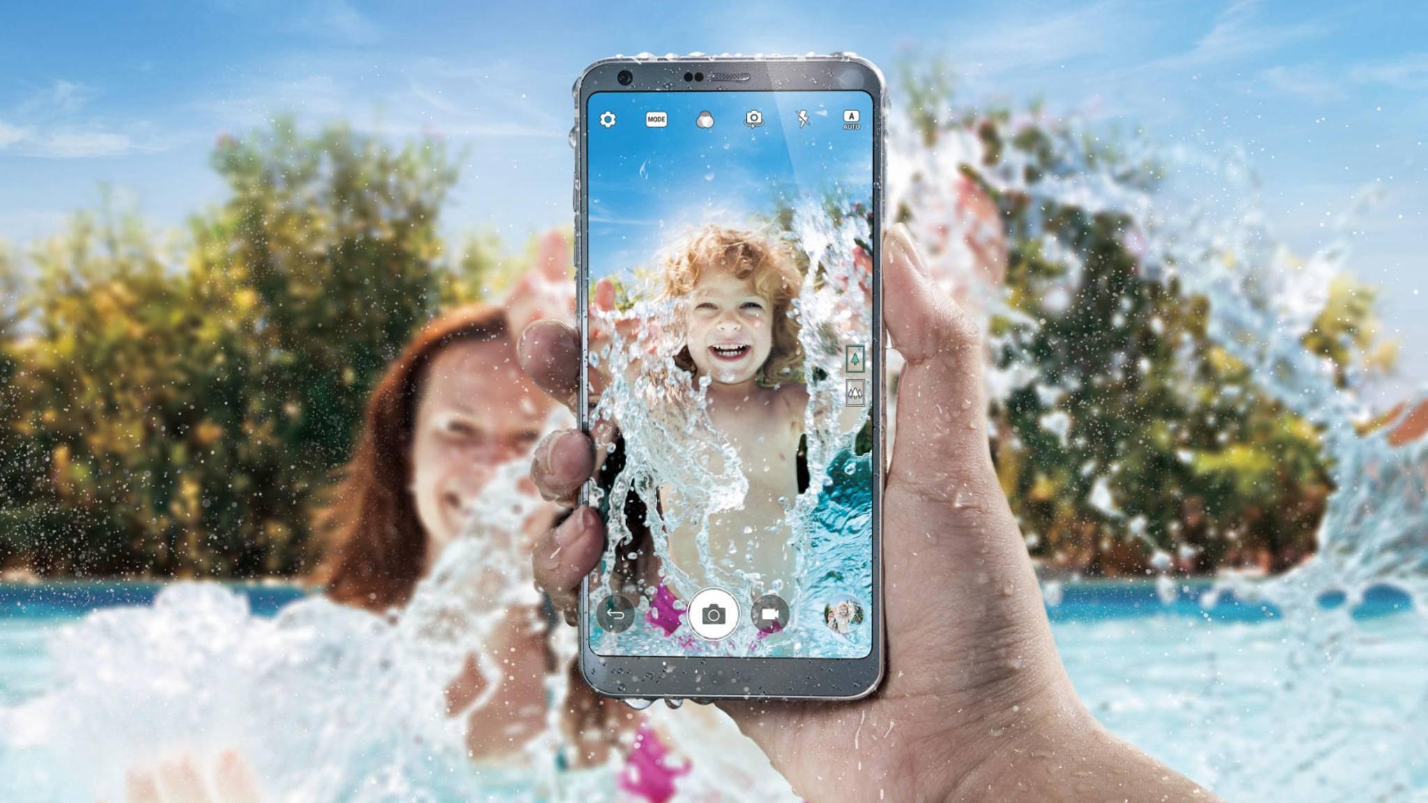 Ist nicht nur wasserdicht, sondern könnte auch bald eine Gesichtserkennung für mobile Zahlungen erhalten: das LG G6.