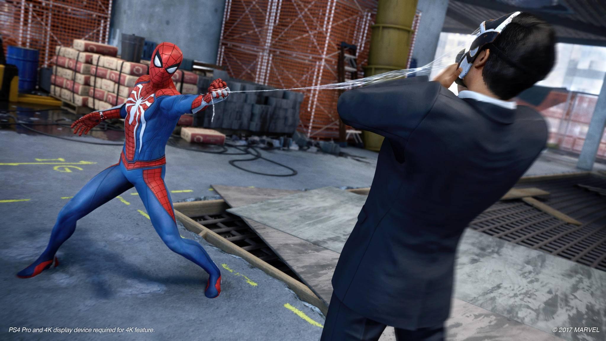 Spider-Man setzt seine Netze in seinem neuen Spiel auf kreative Art und Weise ein.