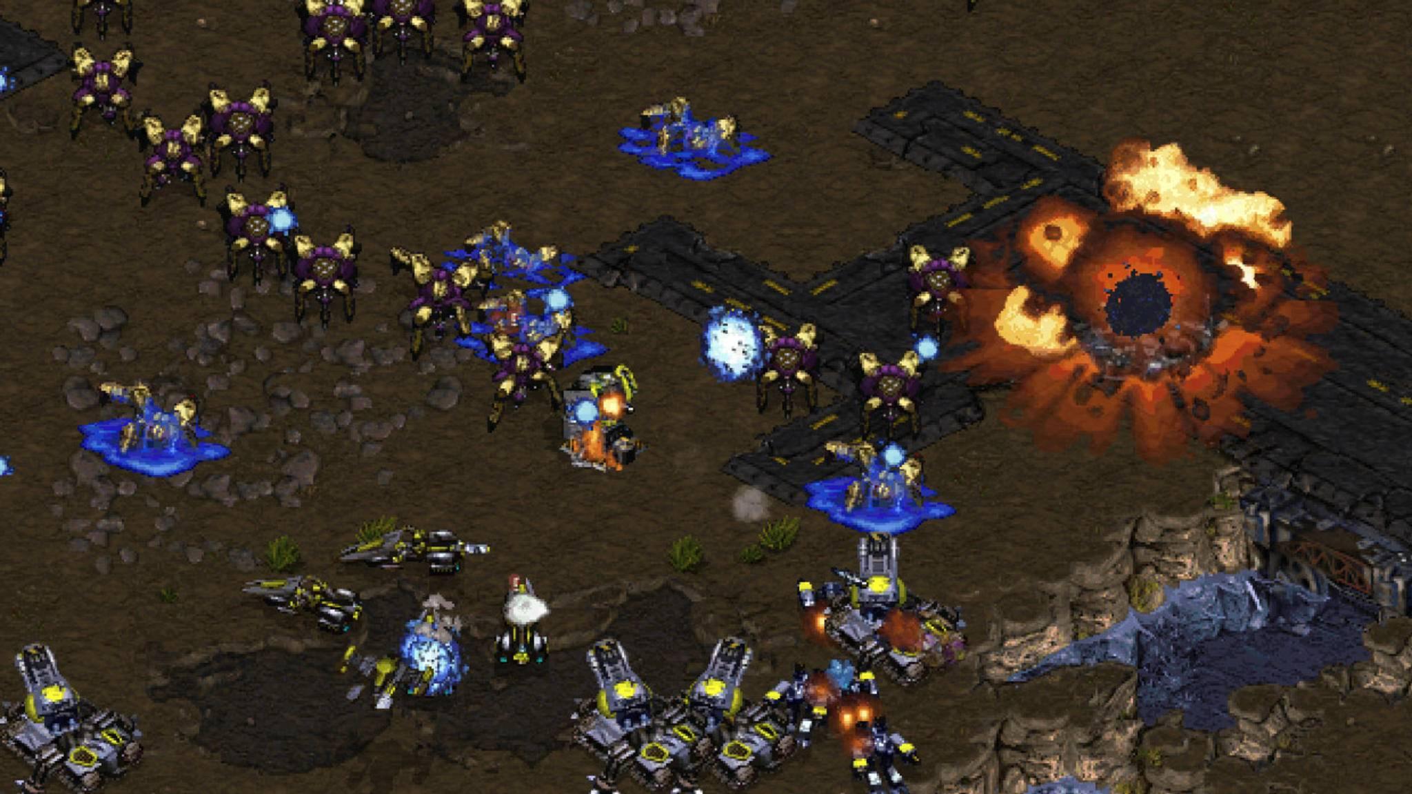 Galaktische Schlachten zwischen Terranern, Protoss und Zerg schlägst Du ab sofort kostenlos!