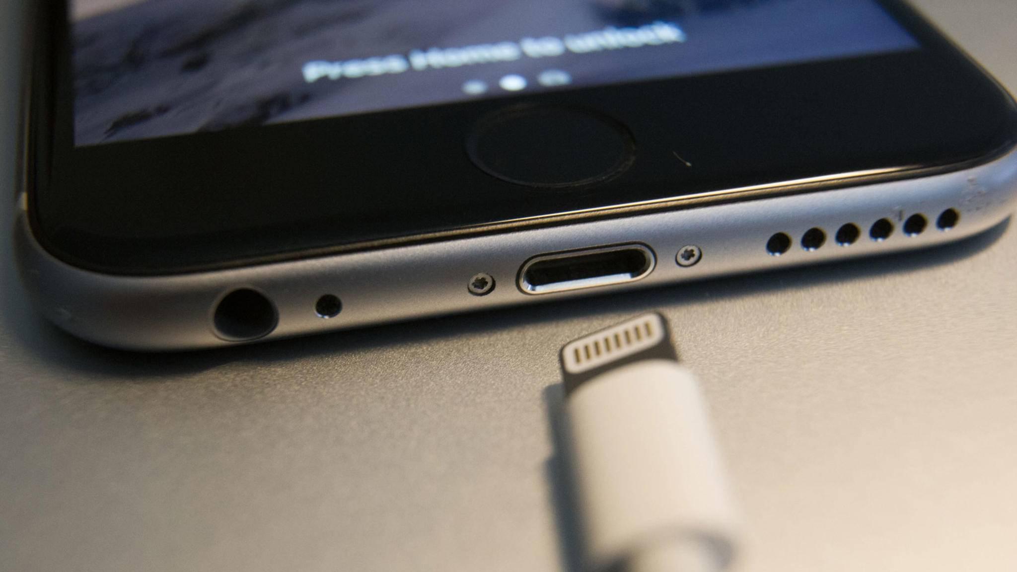 Schluss mit dem Geräusch beim Anstöpseln des Ladekabels am iPhone – und zwar mit diesem Workaround.