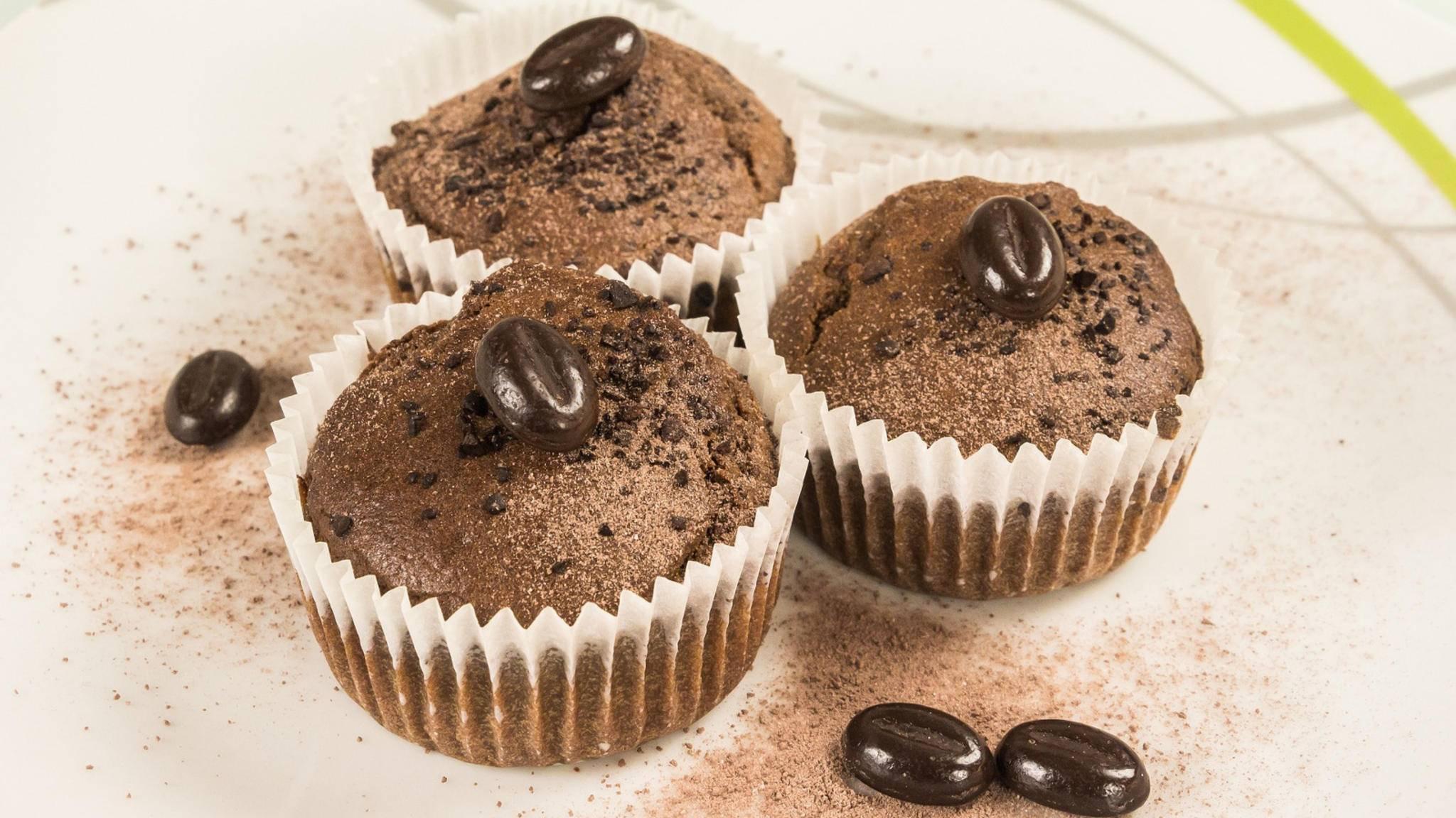 In Muffins sorgt Kaffee für die richtige Würze – doch die Zauberbohne veredelt noch ganz andere Gerichte!