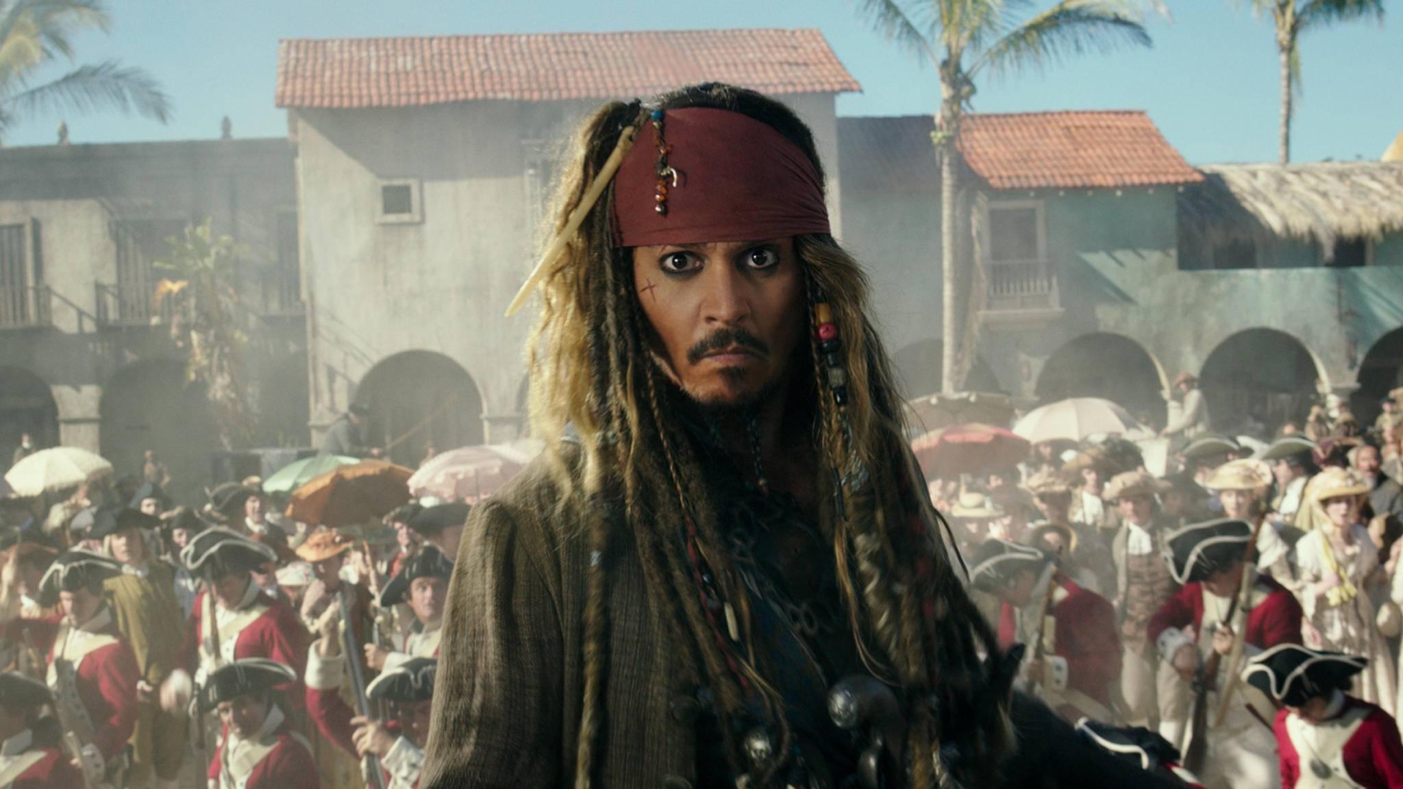 Jack Sparrow (Johnny Depp) ist für inzwischen fünf Filmabenteuer in See gestochen.