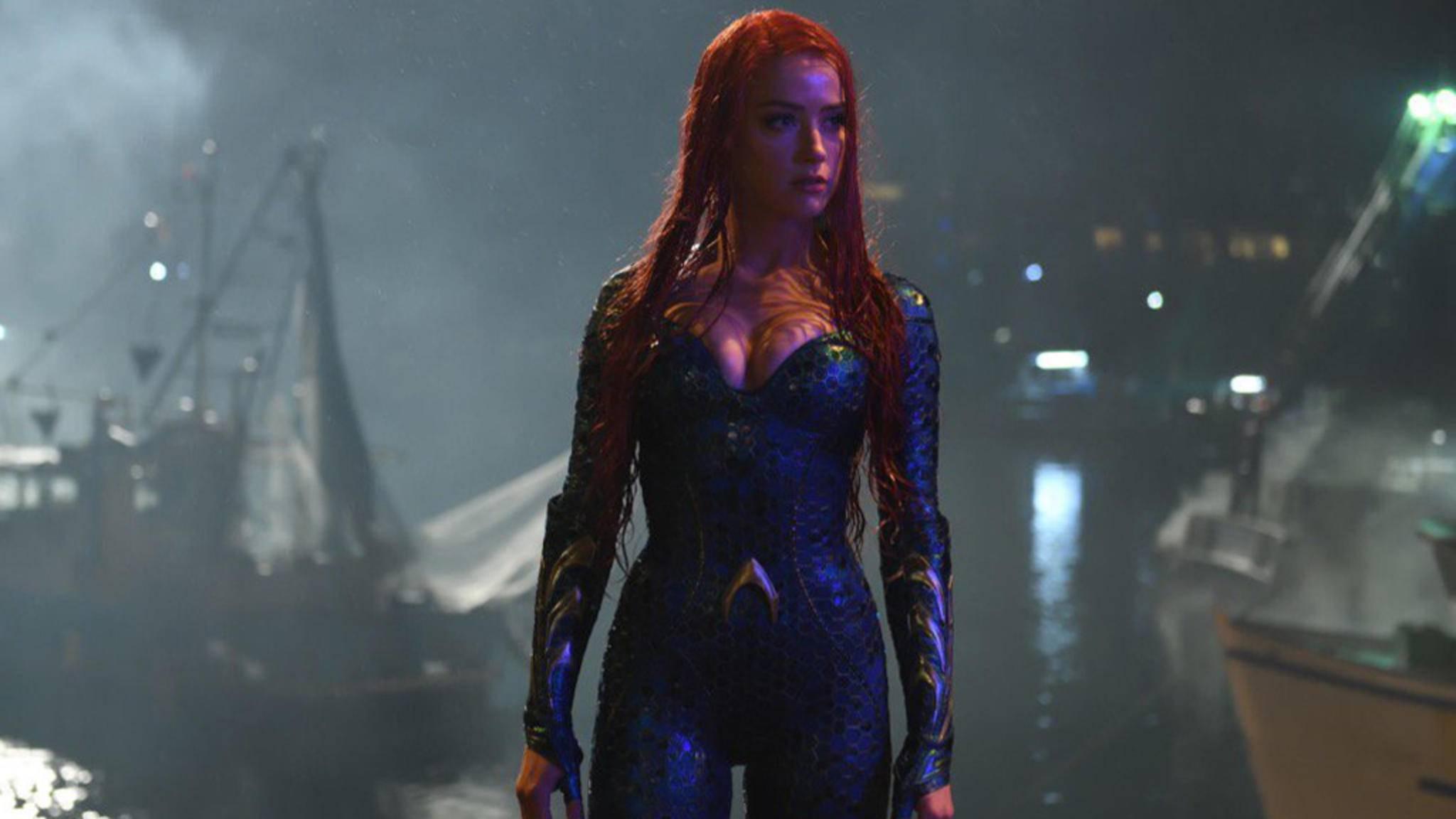 """Nun steht auch Amber Heard für """"Aquaman"""" vor der Kamera."""