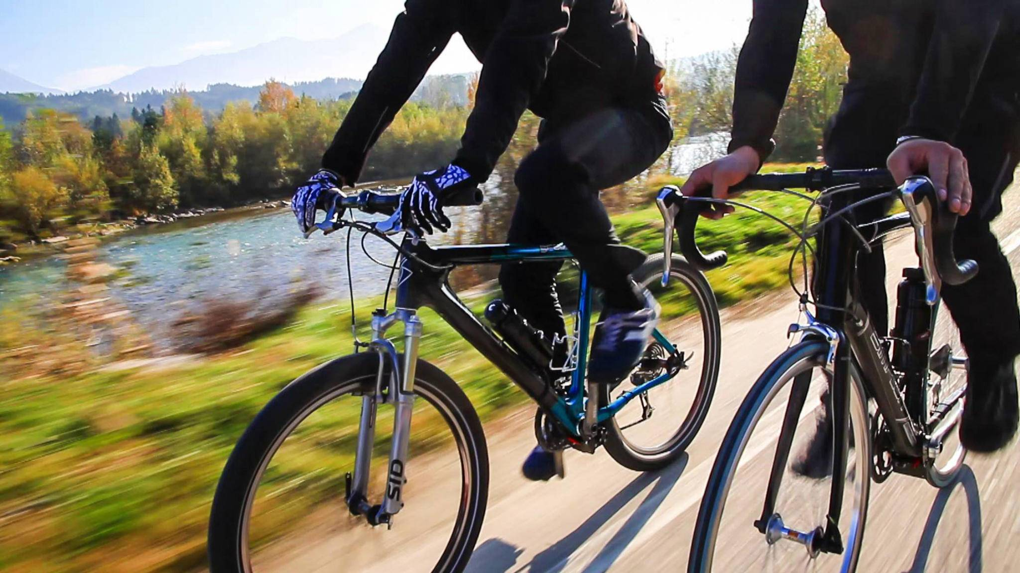 Der Nachrüstbausatz von add-e ist nur eine Möglichkeit, Dein herkömmliches Fahrrad nachträglich zu motorisieren.