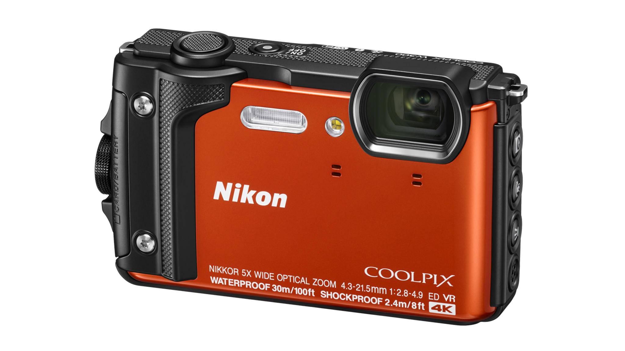 Klein, kompakt und wasserdicht: Die neue Nikon Coolpix W300, die Videos in 4K dreht.