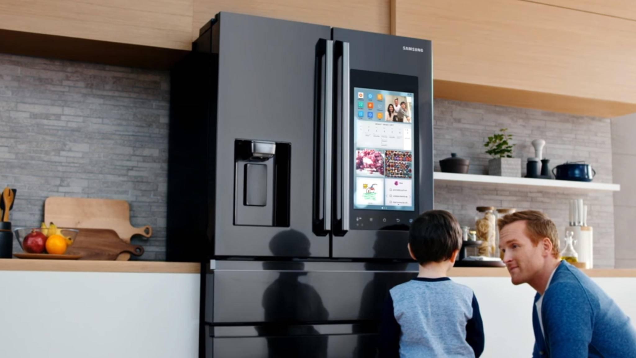 Samsung wird den smarten Assistenten Bixby auch auf seine smarten Kühlschränke bringen.